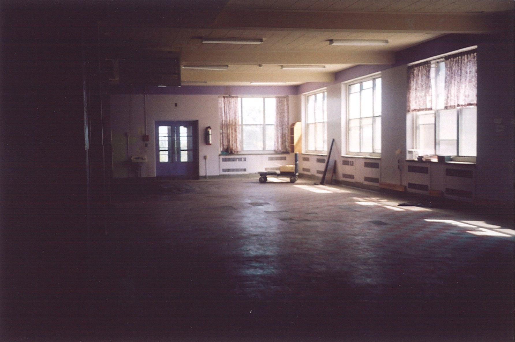 Empty ward after closure in 2009. Photo: Thelma Whealtey.