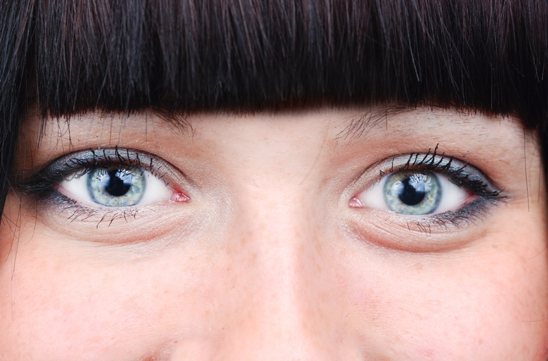 When should you cut your bangs? Should you have bangs at all?