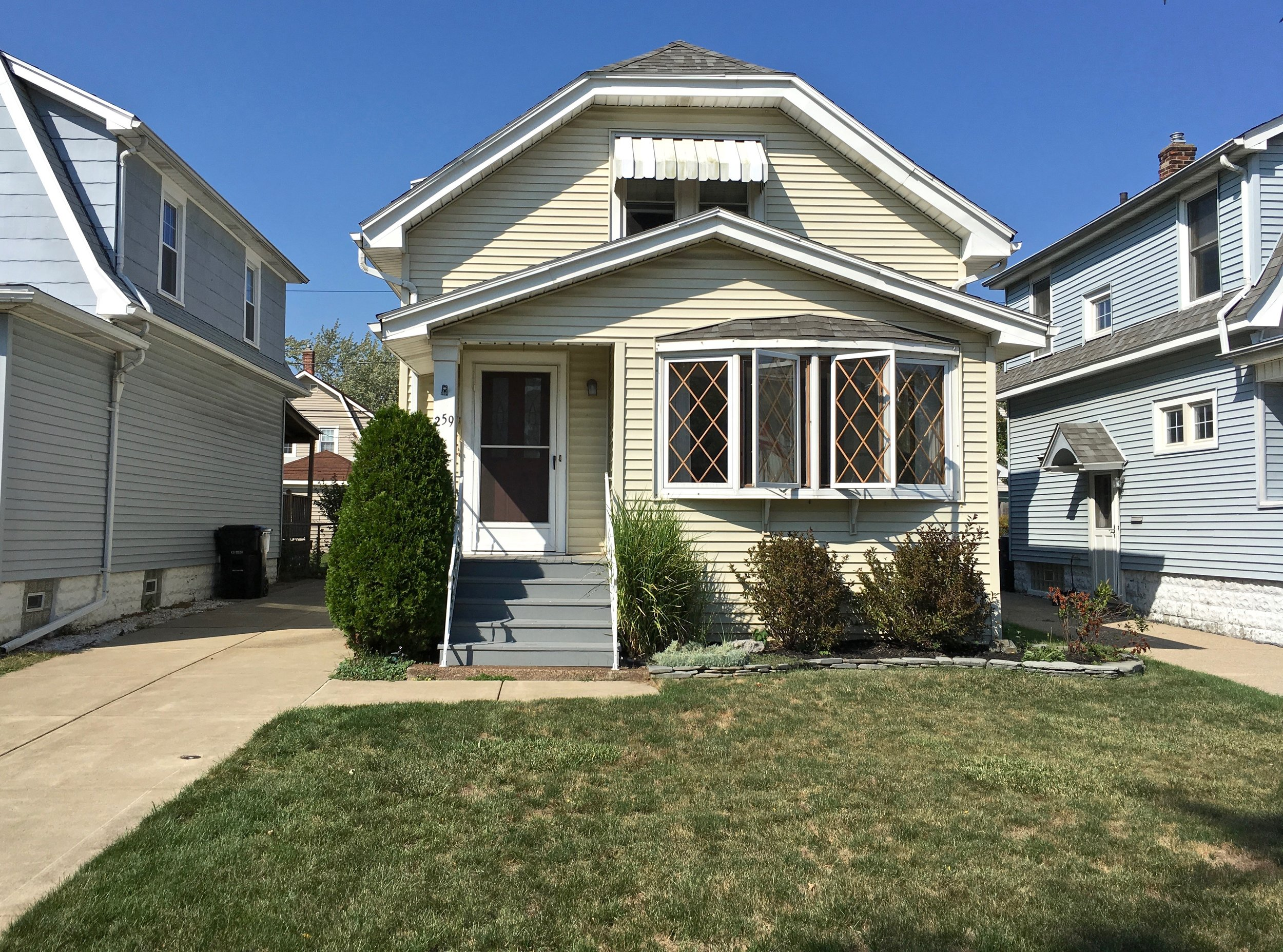 SOLD: 259 Shepard Ave, Kenmore | $94,900