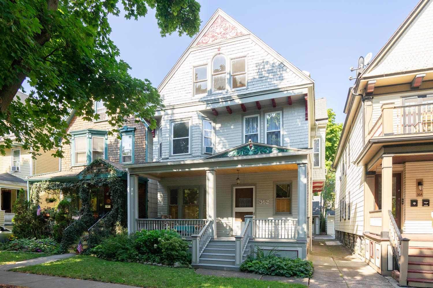 OFF MARKET / STAY TUNED FOR THE SPRING:362 Ashland Ave, Buffalo | $294,900