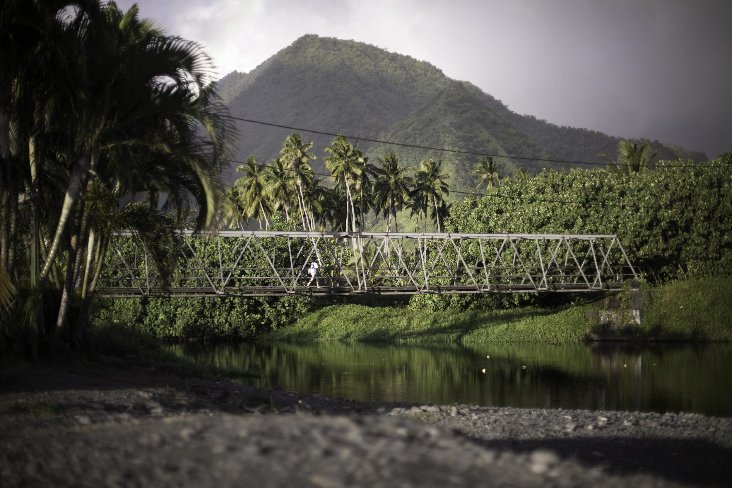 Teahupoo pont (1 sur 1).jpg