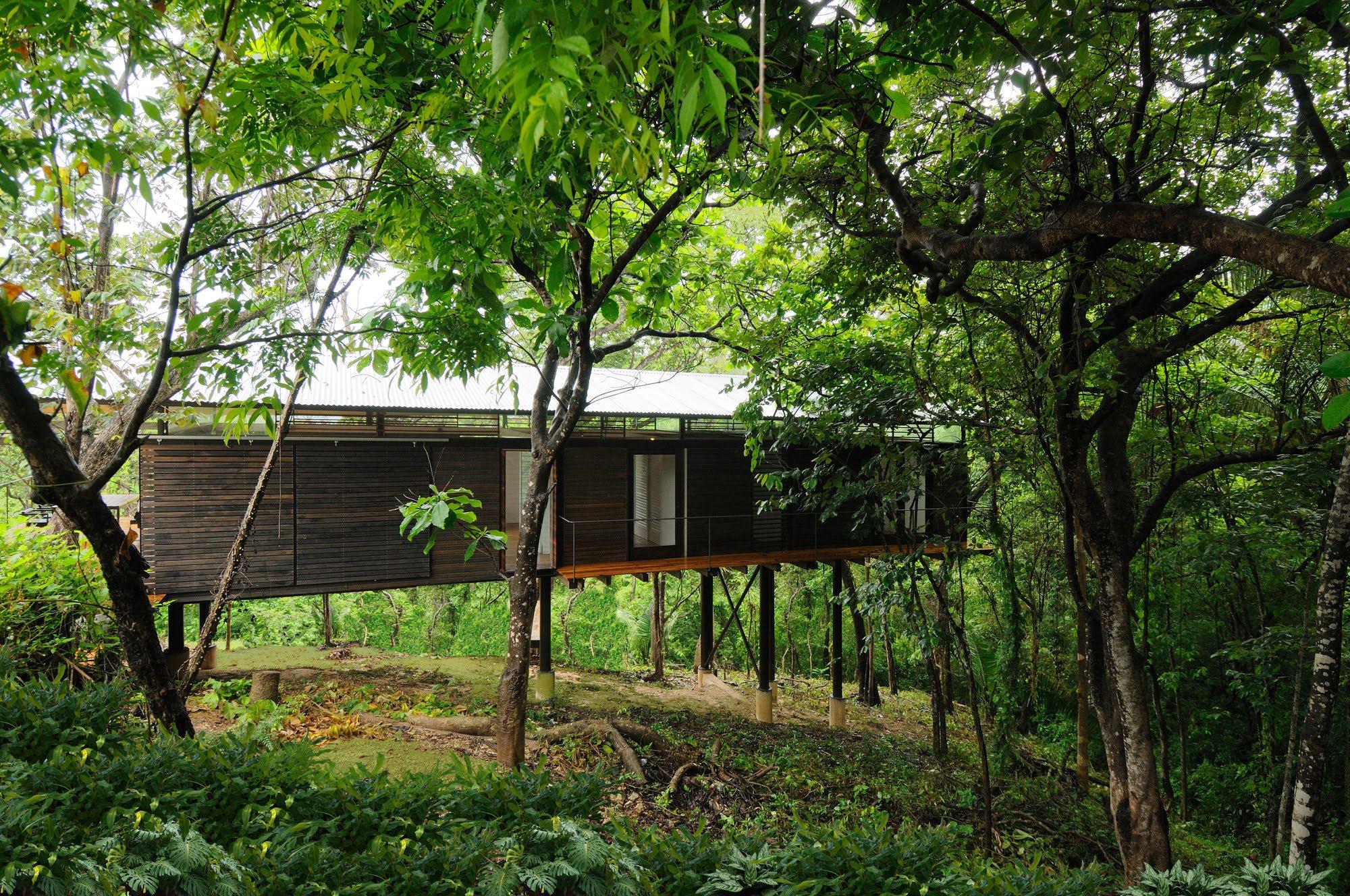 Datum Zero, Costa Rica 1334336444-010-5338.jpg