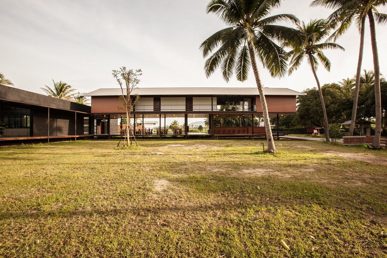 SOOK Architects, Hua Hin, Prachuap Khiri Khan, Thailand 04.jpg