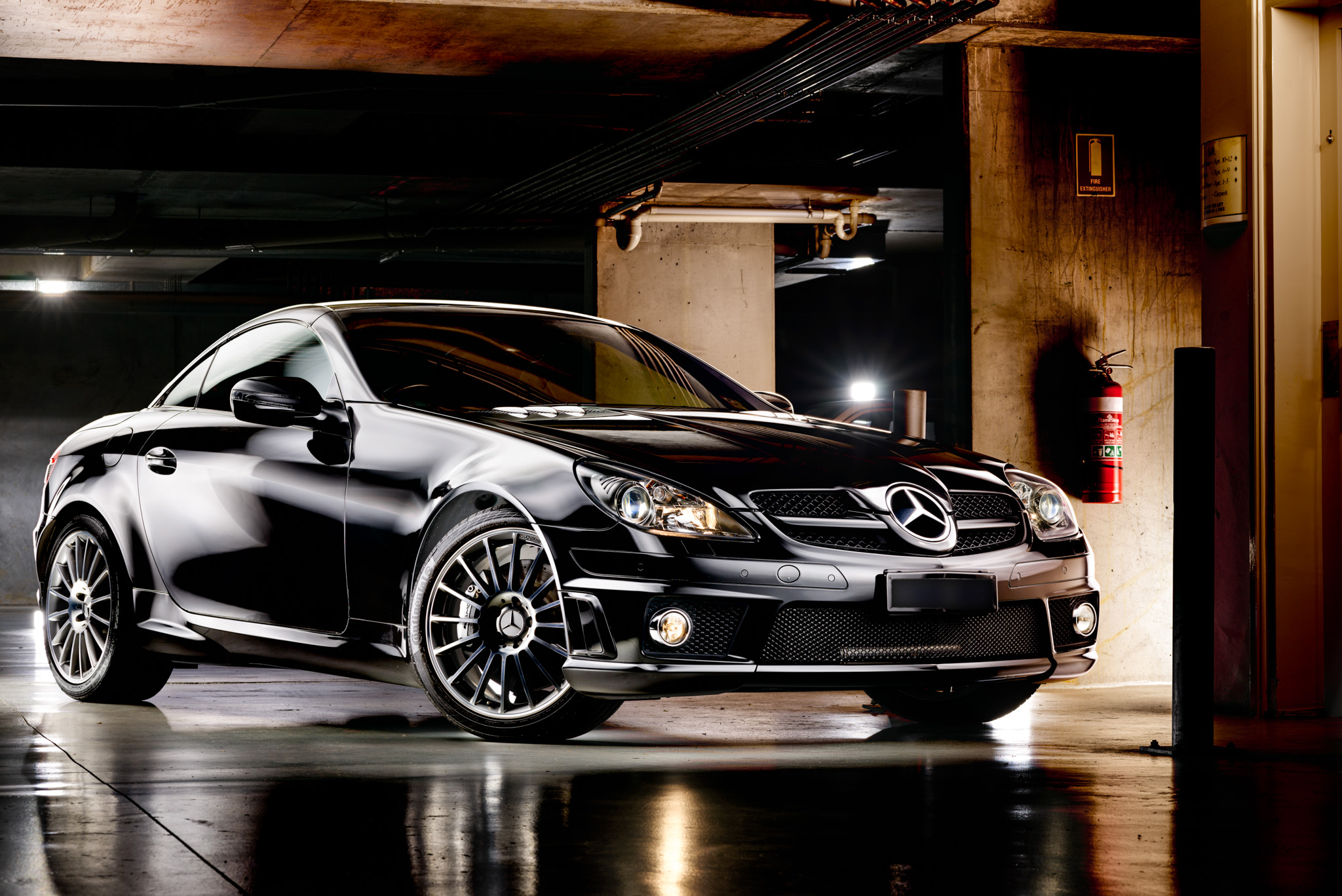 Light Painting - Mercedes SLK 55 AMG black