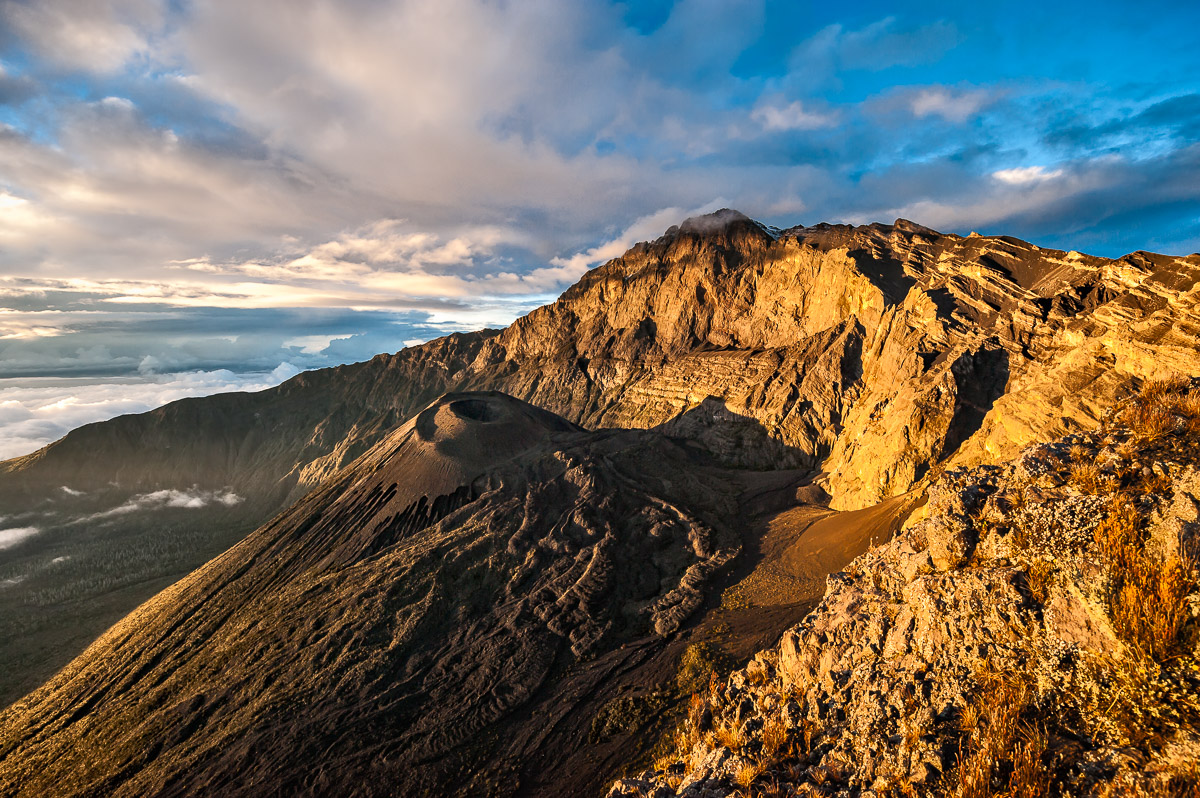 Dawn Lights Mt. Meru:  Technical Details: Nikon D700, Nikkor 14-24 at F5.6 for 1/320sec at ISO200 (click image to enlarge)