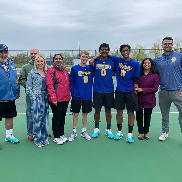 Amazing #seniornight with @jayanth_reddy @tuckerstrawser @neelshetty13 complete with some cricket and Caniacs. Oh, and a 4-1 win vs a talented Gahanna team. #GoBraves