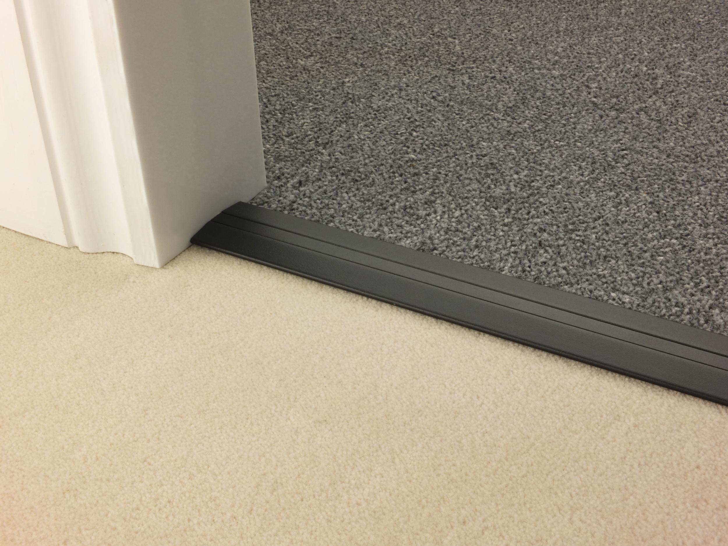 stairrods-doorbar-black-posh38-ctc.jpg
