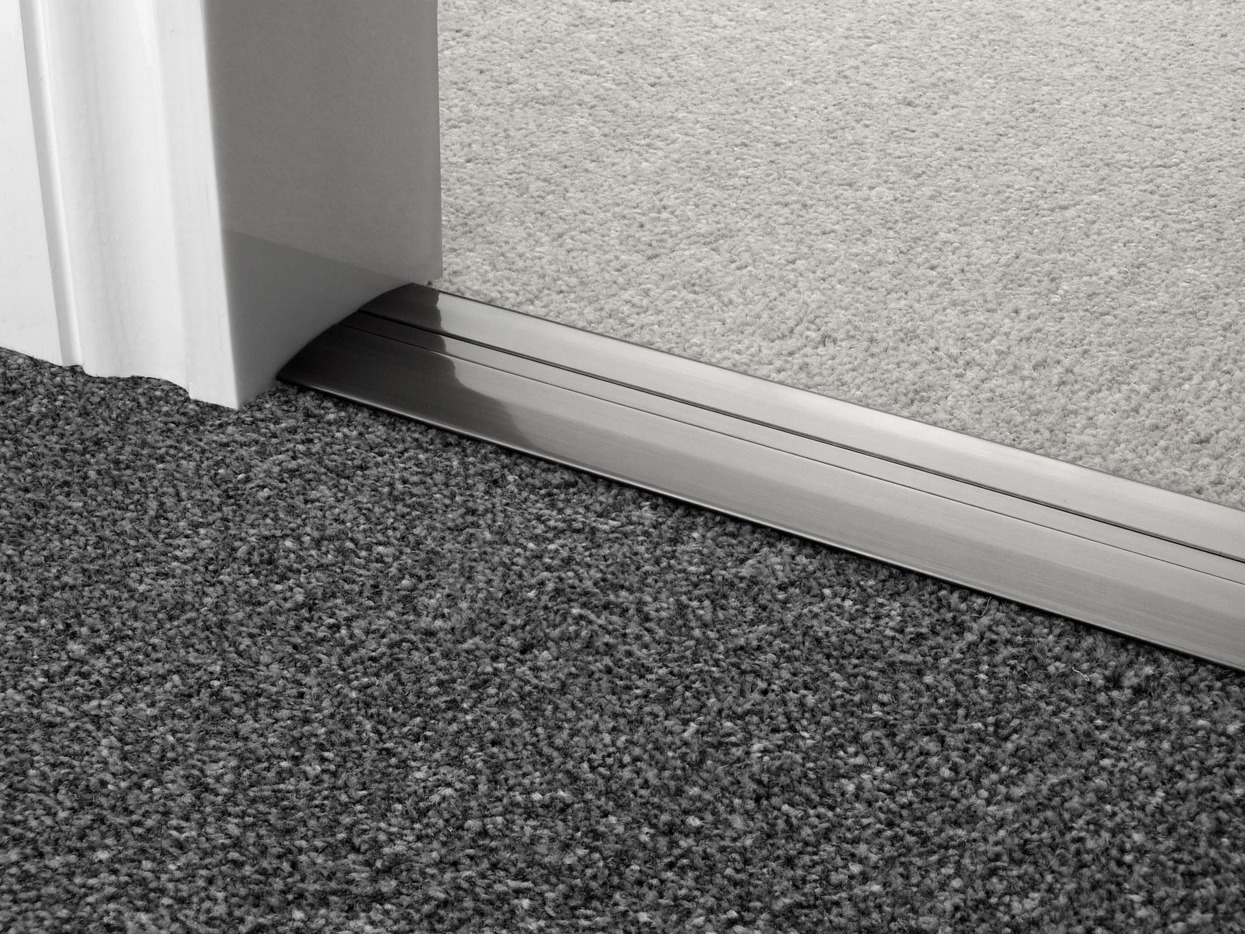 door_bar_pewter_posh55_carpet_carpet.jpg