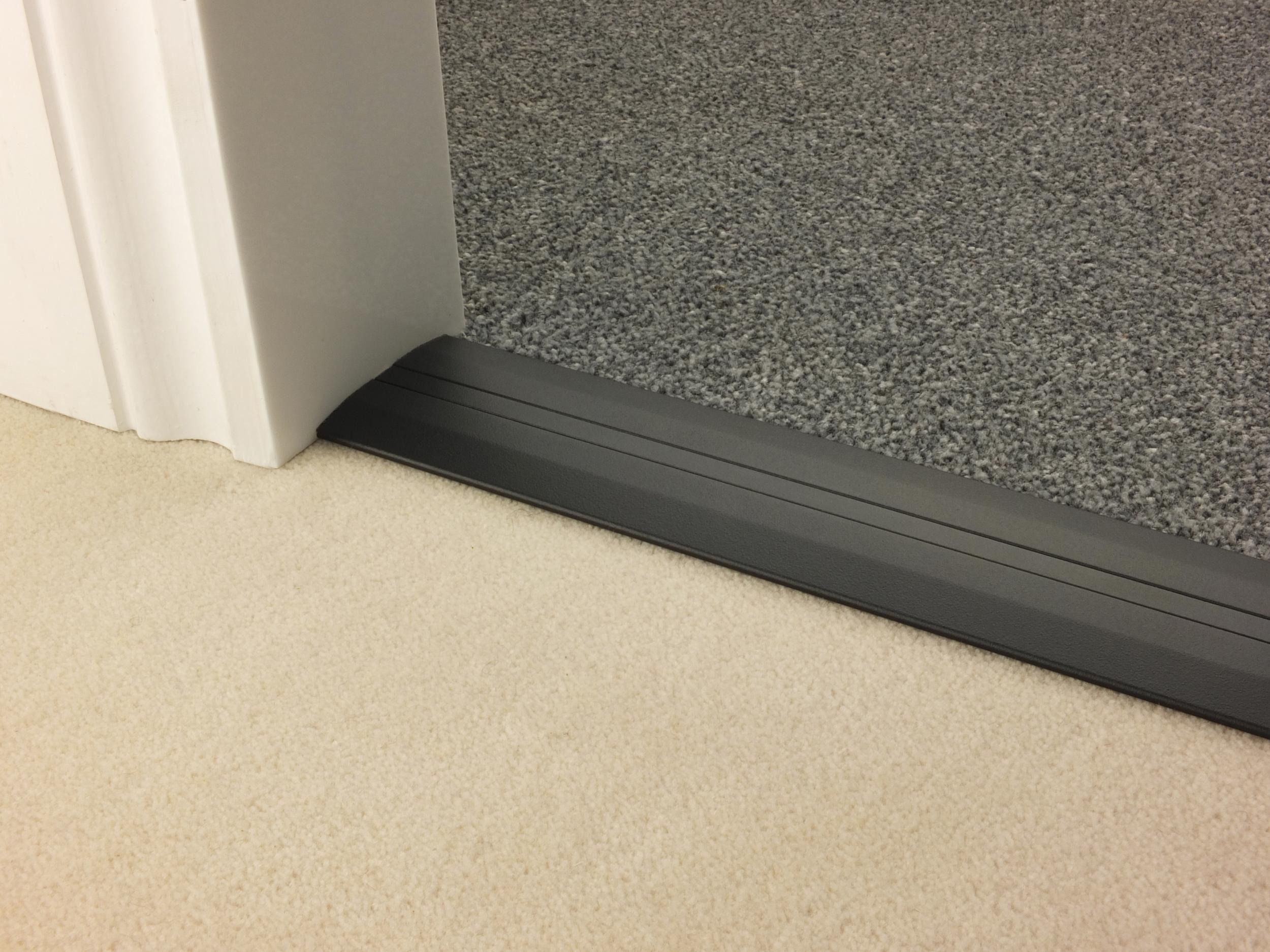 stairrods-doorbar-black-posh55-ctc.jpg
