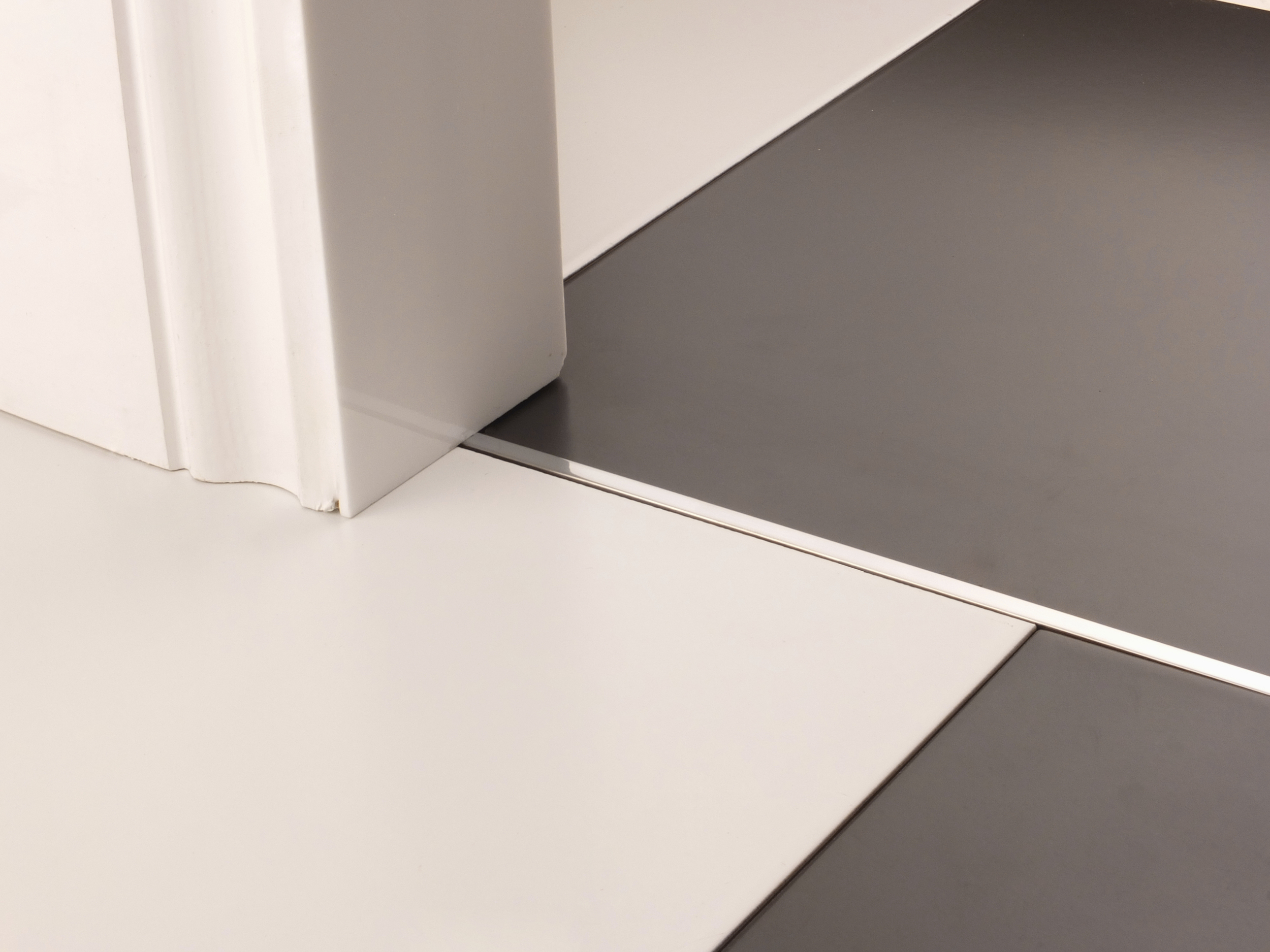 stairrods-doorbar-brushed-chrome-divider-HFHF.jpg