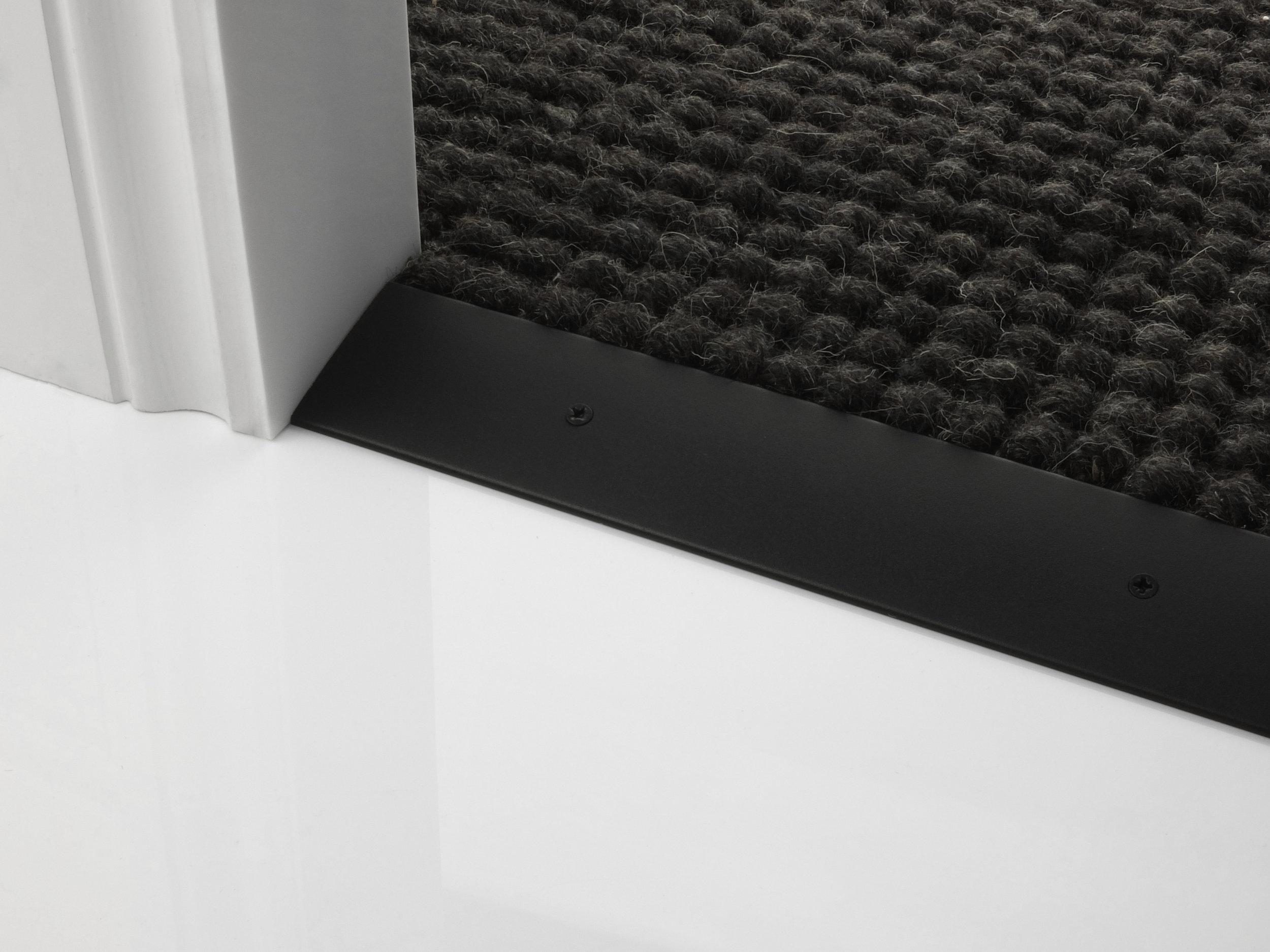 door_bar_cover-55mm_c2h_black.jpg