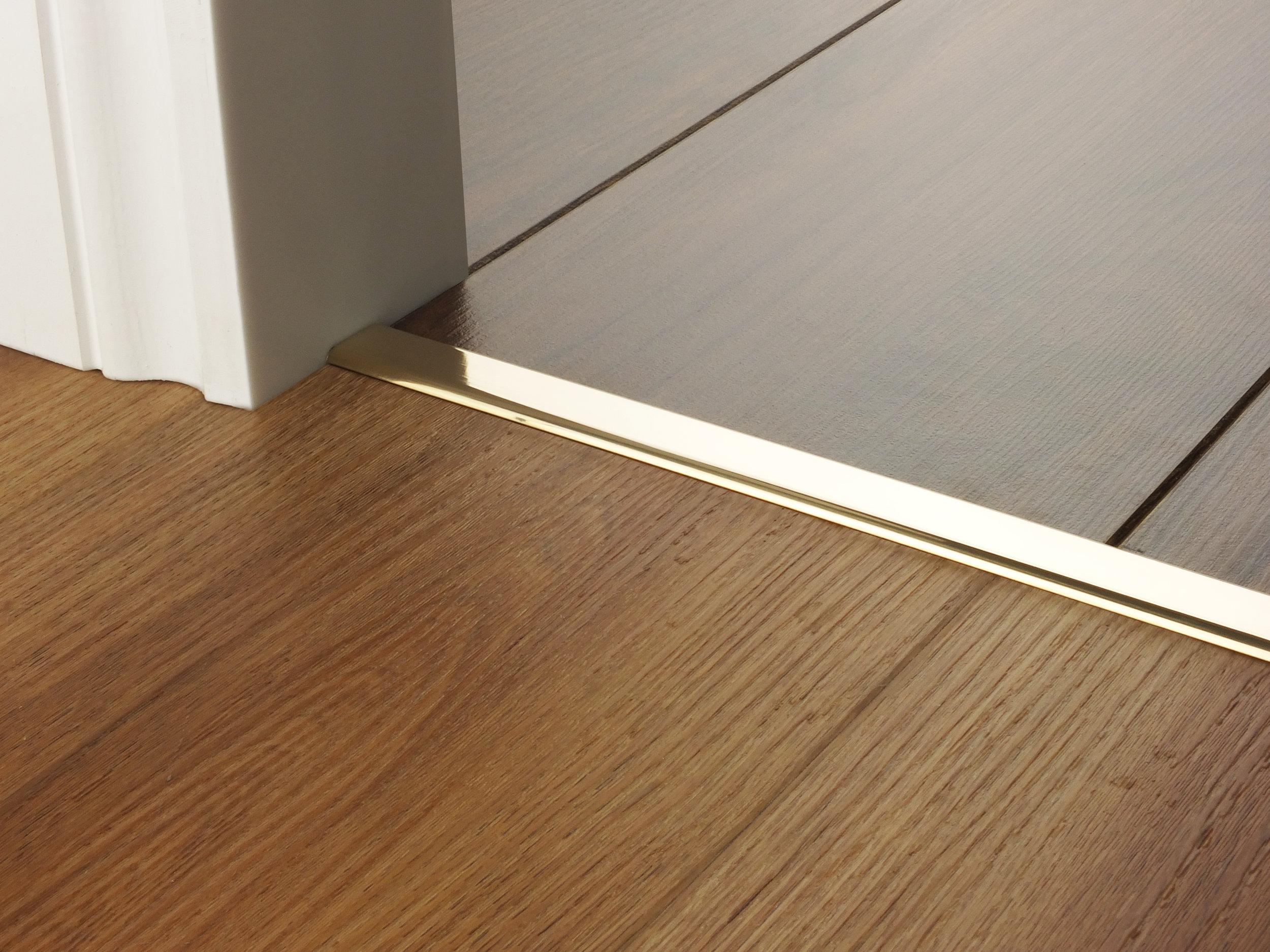 door_bar_floating_cover1_brass.jpg