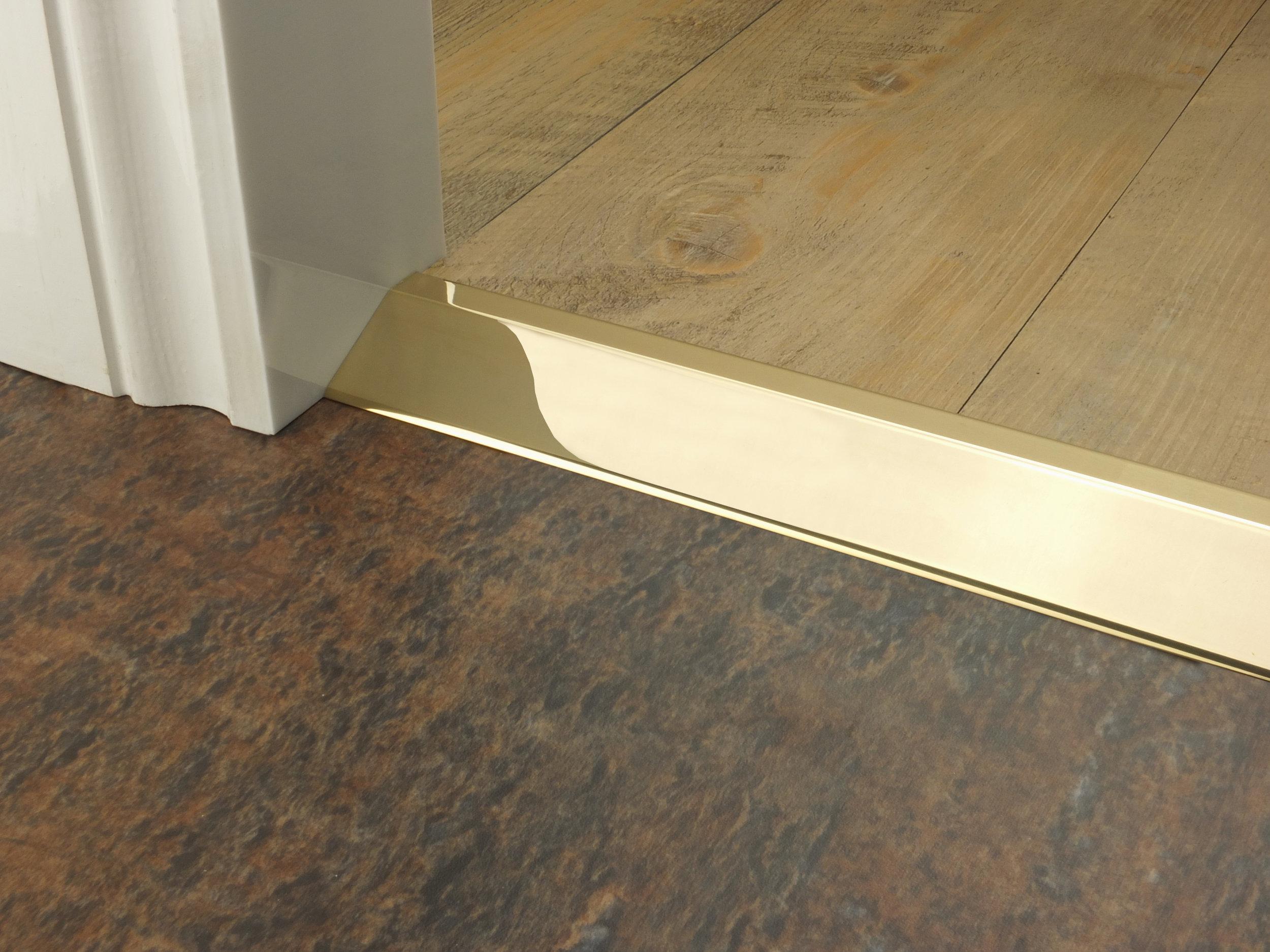 stairrods-doorbar-brass-16mm-ramp2.jpg