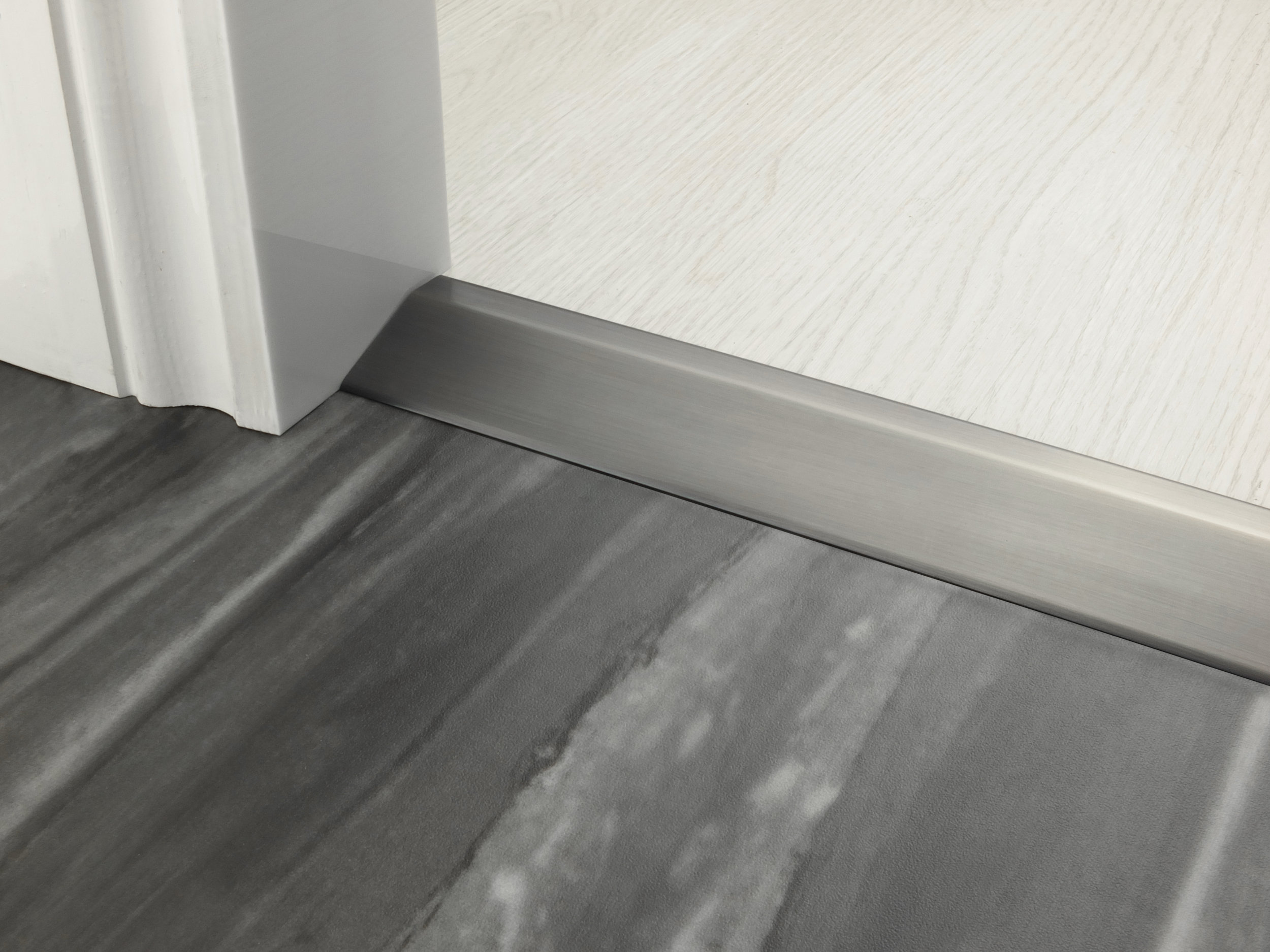stairrods-doorbar-pewter-16mm-ramp.jpg