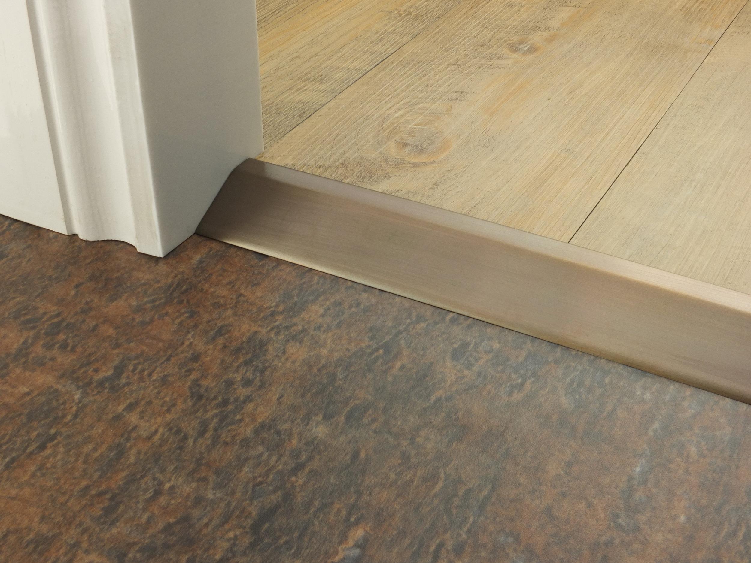 stairrods-doorbar-bronze-16mm-ramp.jpg