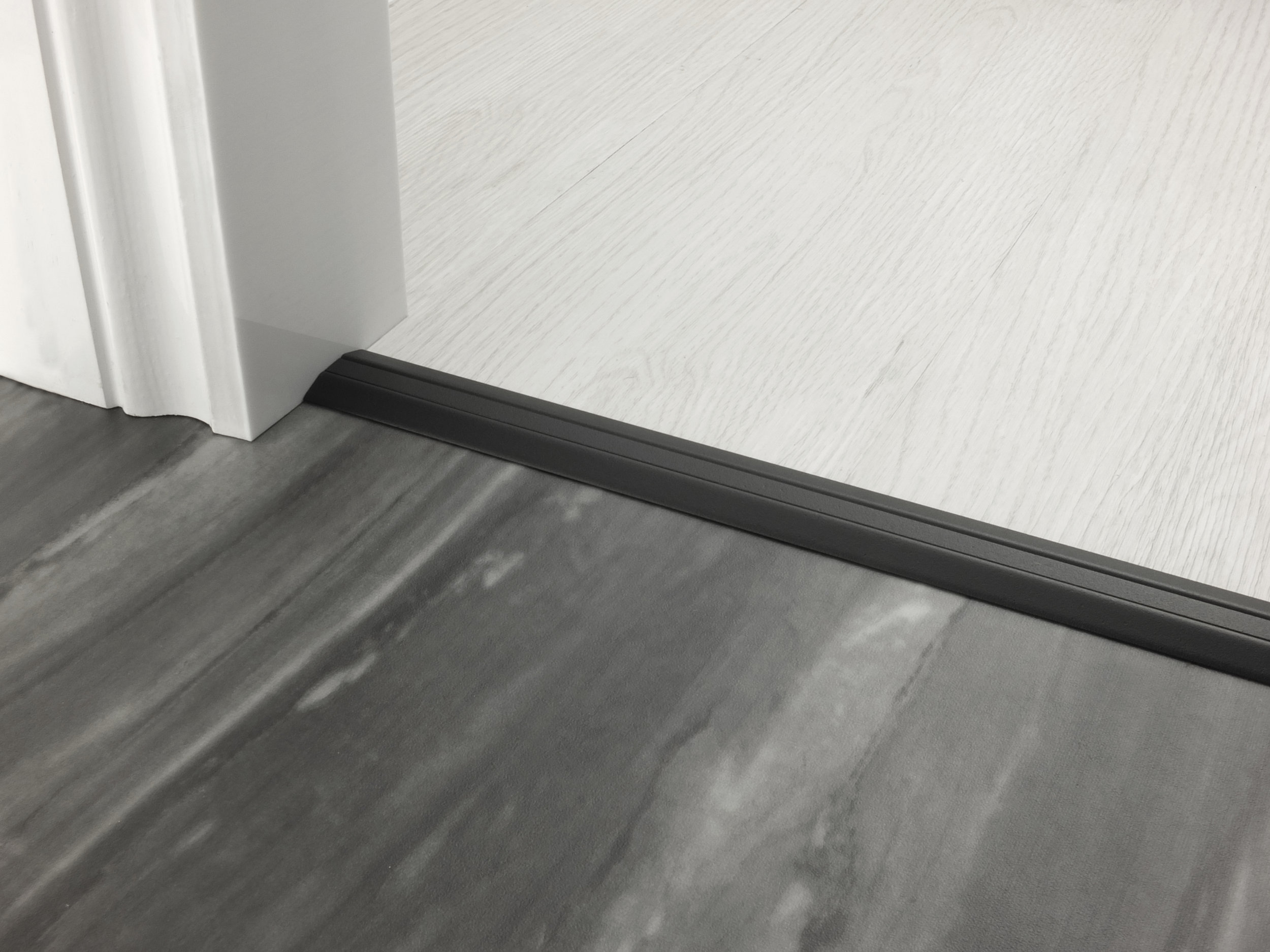 stairrods-doorbar-black-posh-30-HTH.jpg
