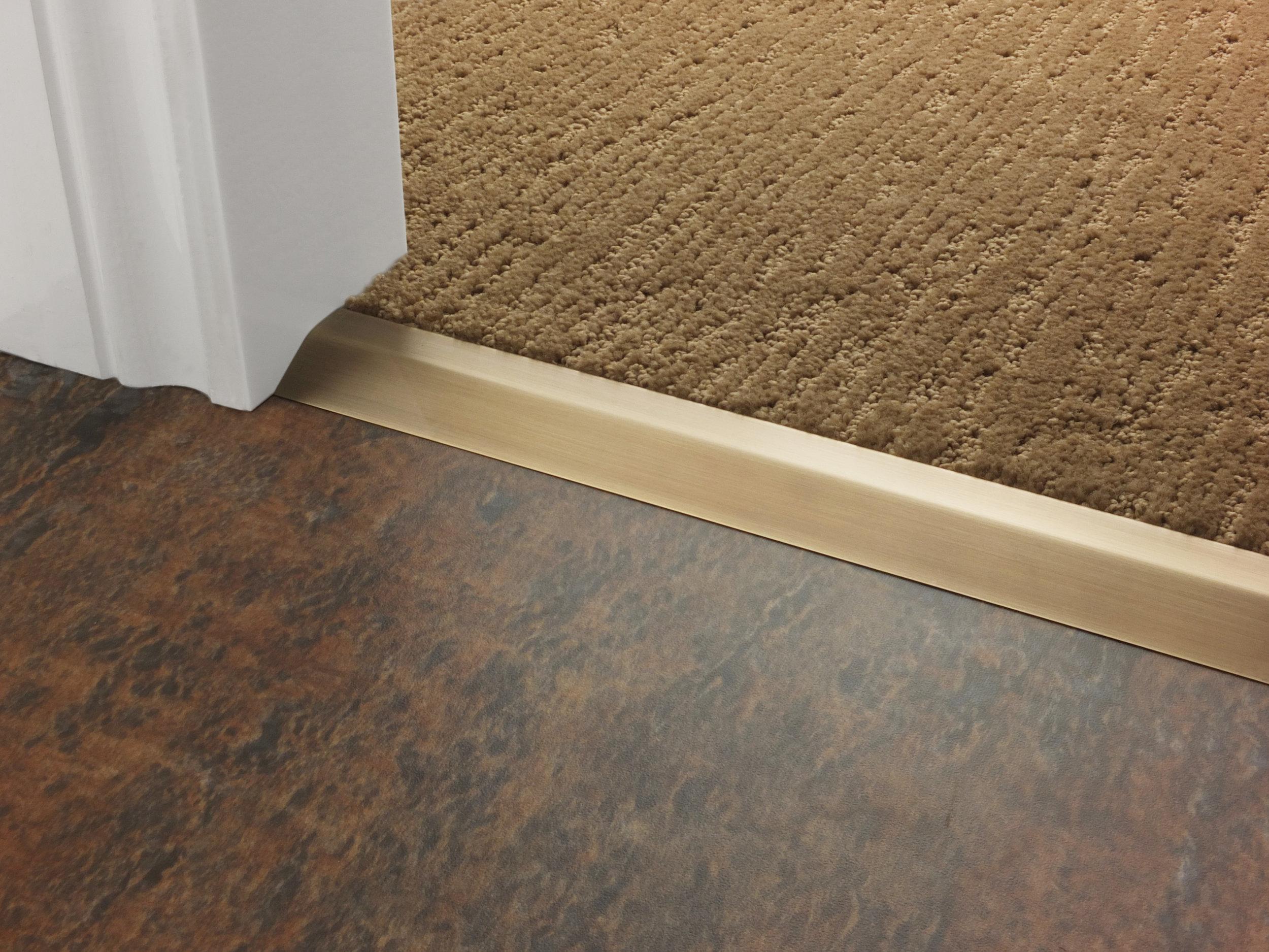stairrods-doorbar-antique-brass-compression-ramp-8mm-LHF.jpg