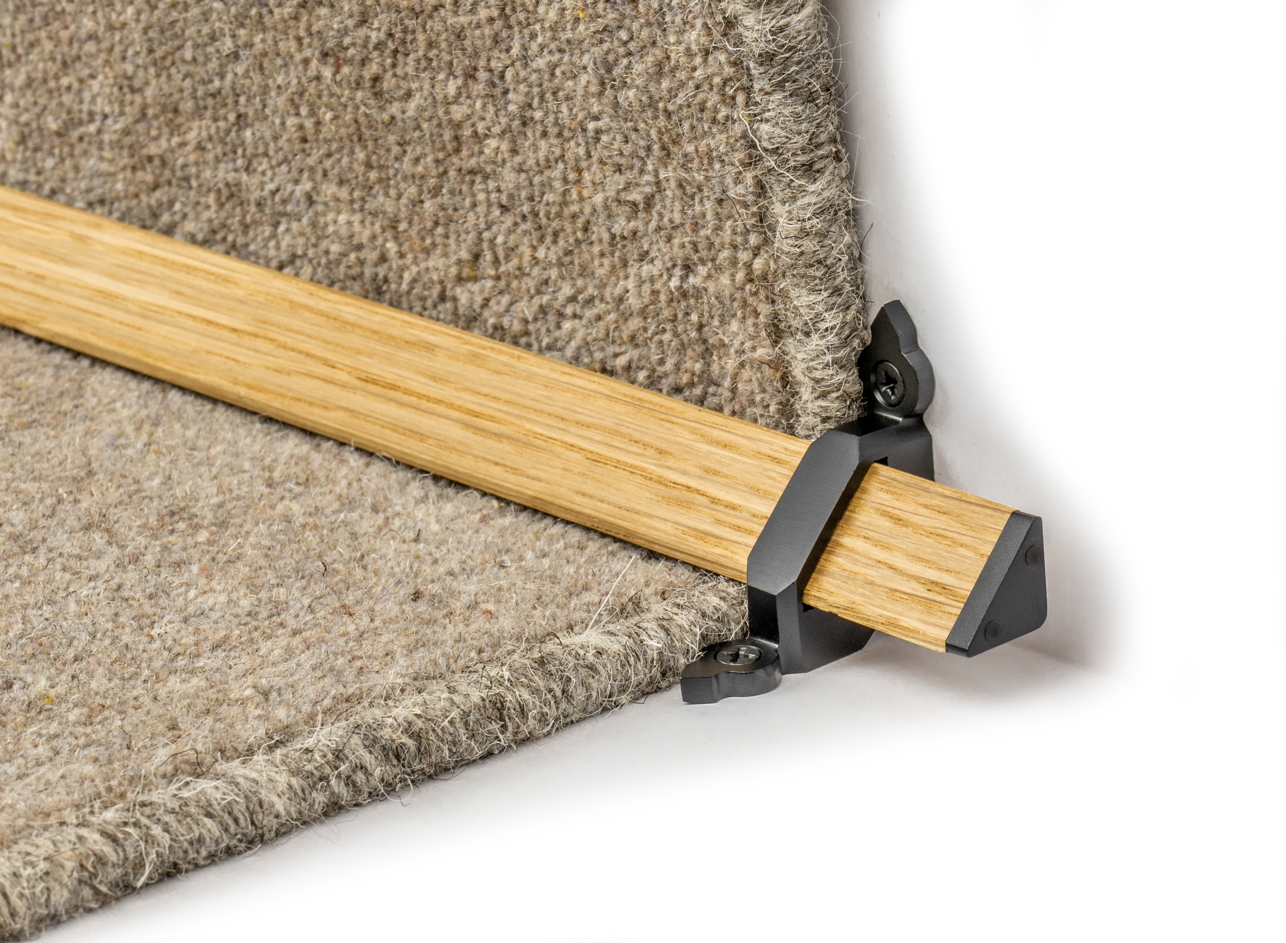 stairrods-black-wooden-tudor 2.jpg