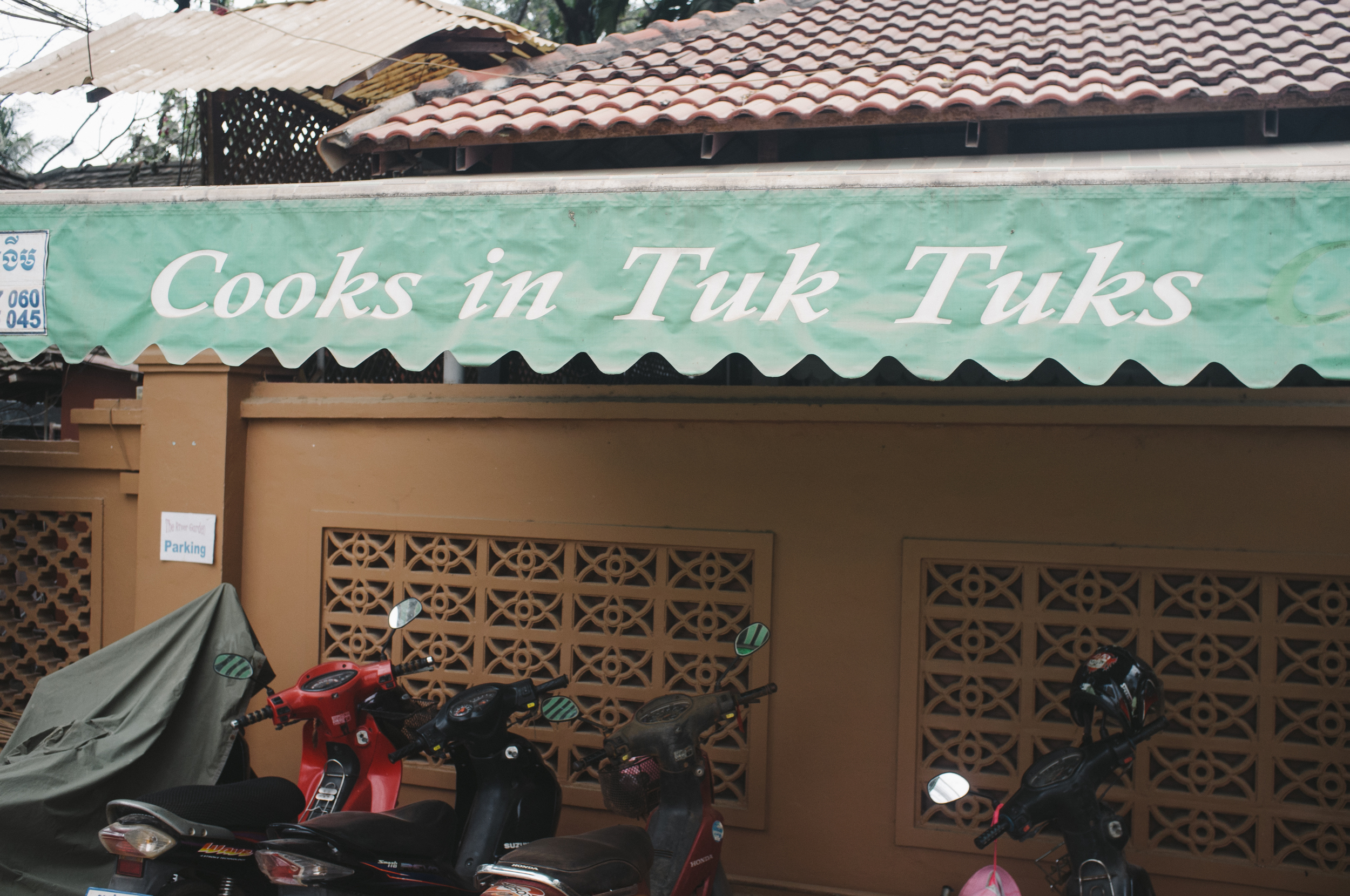 Siem Reap Cooks in Tuk Tuks.jpg