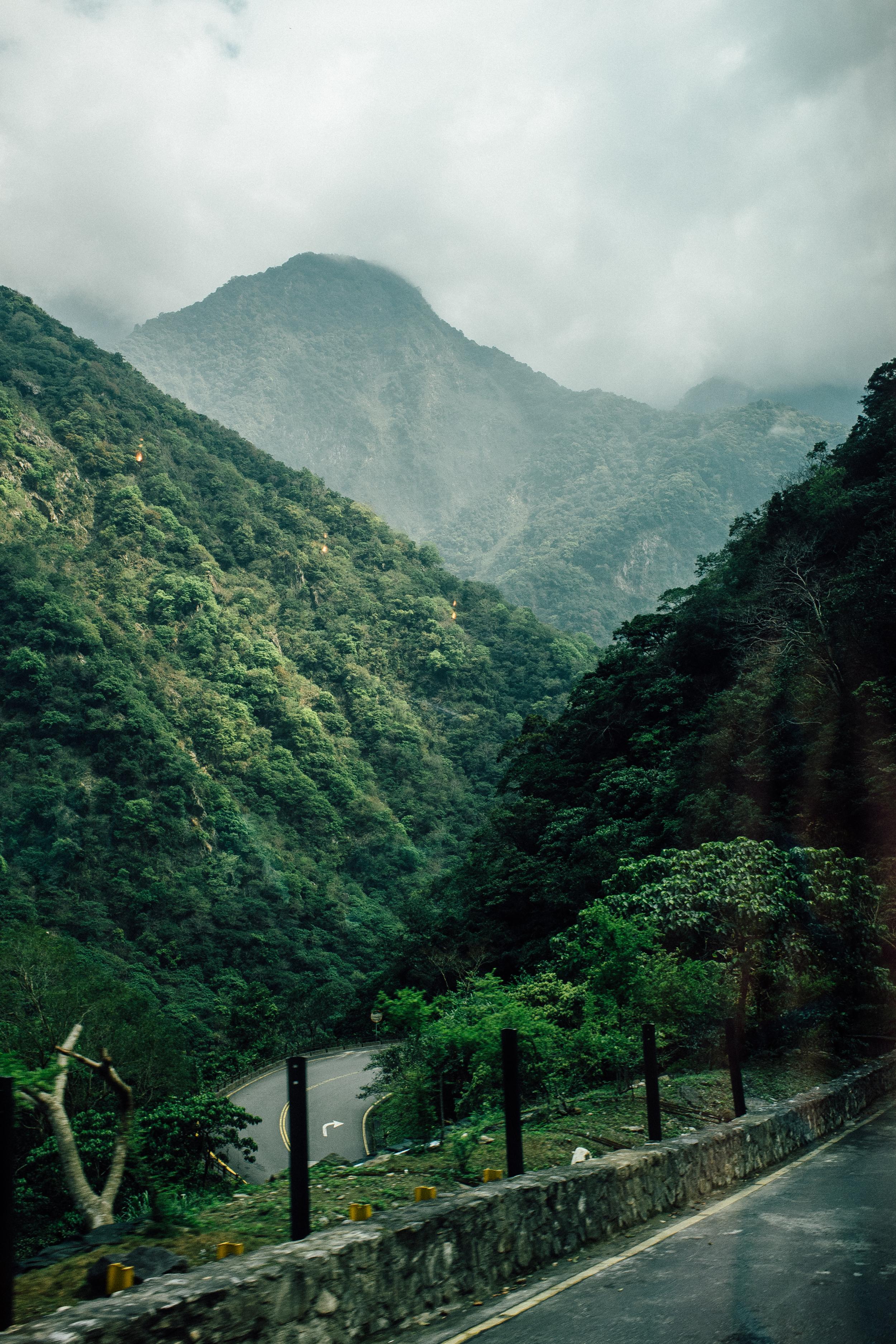 Taroko River Gorge.jpg