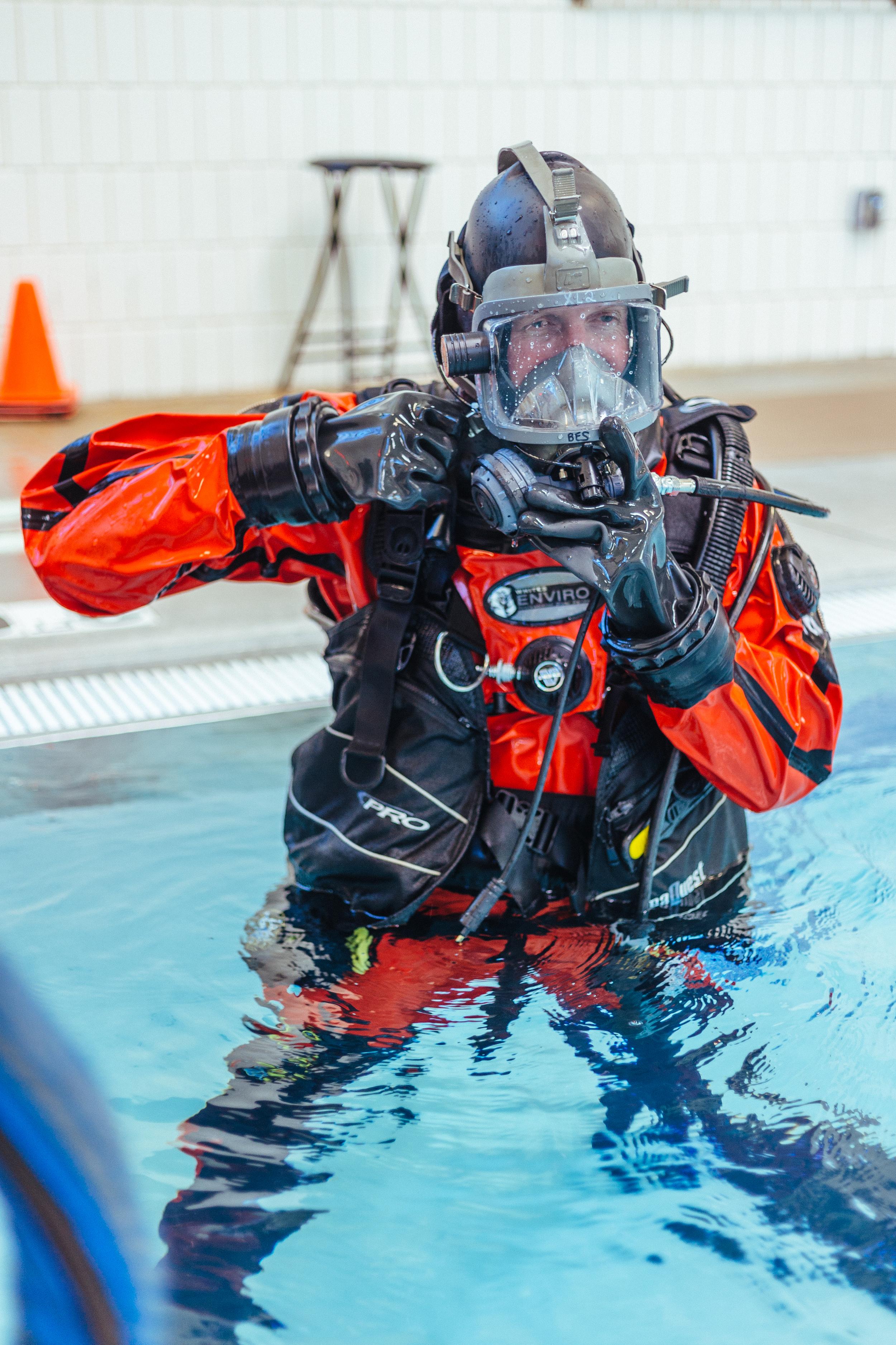 BES Dive Pool Practice Paul 2.jpg