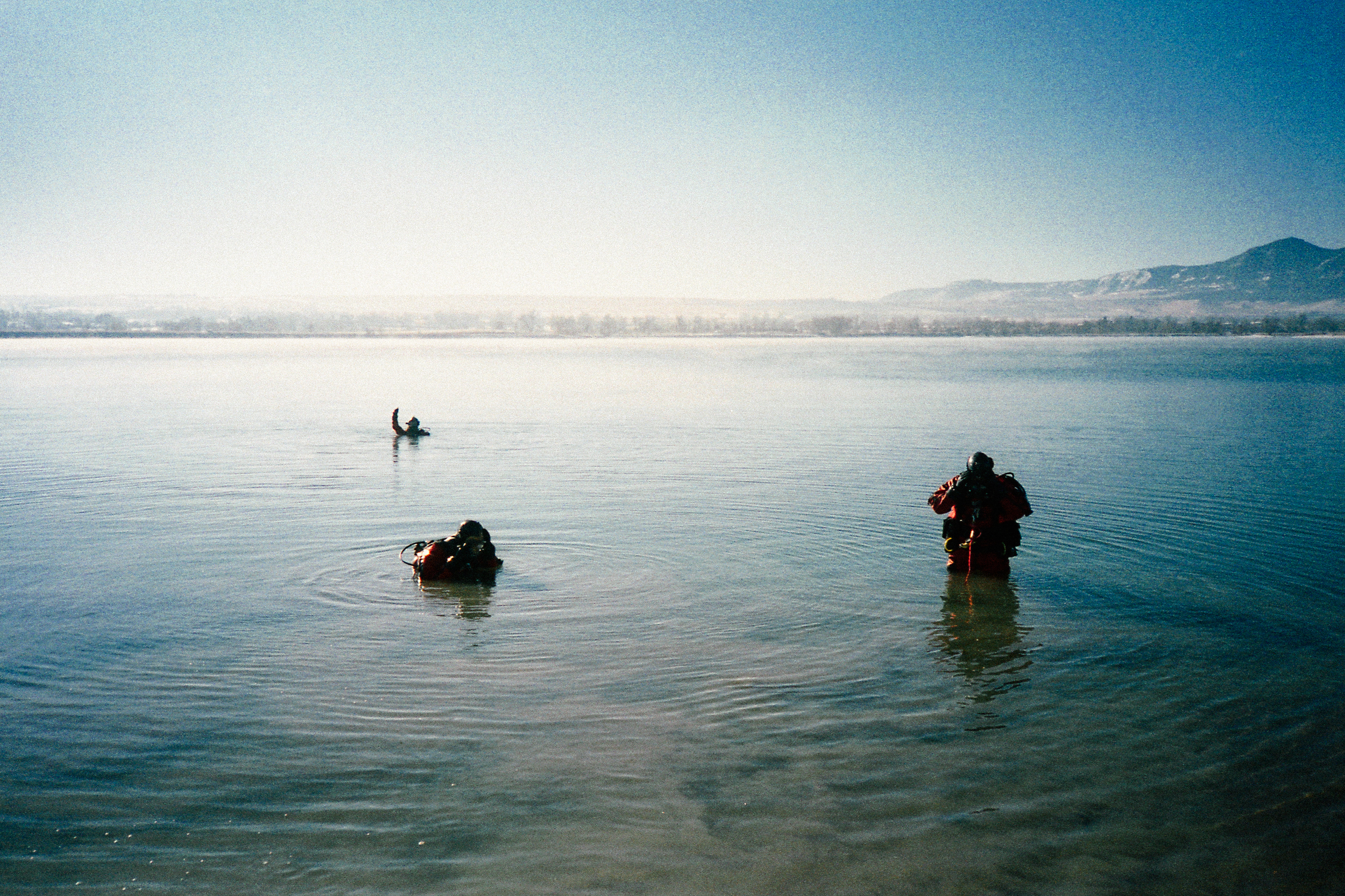 Winter Dive Team Practice.jpg