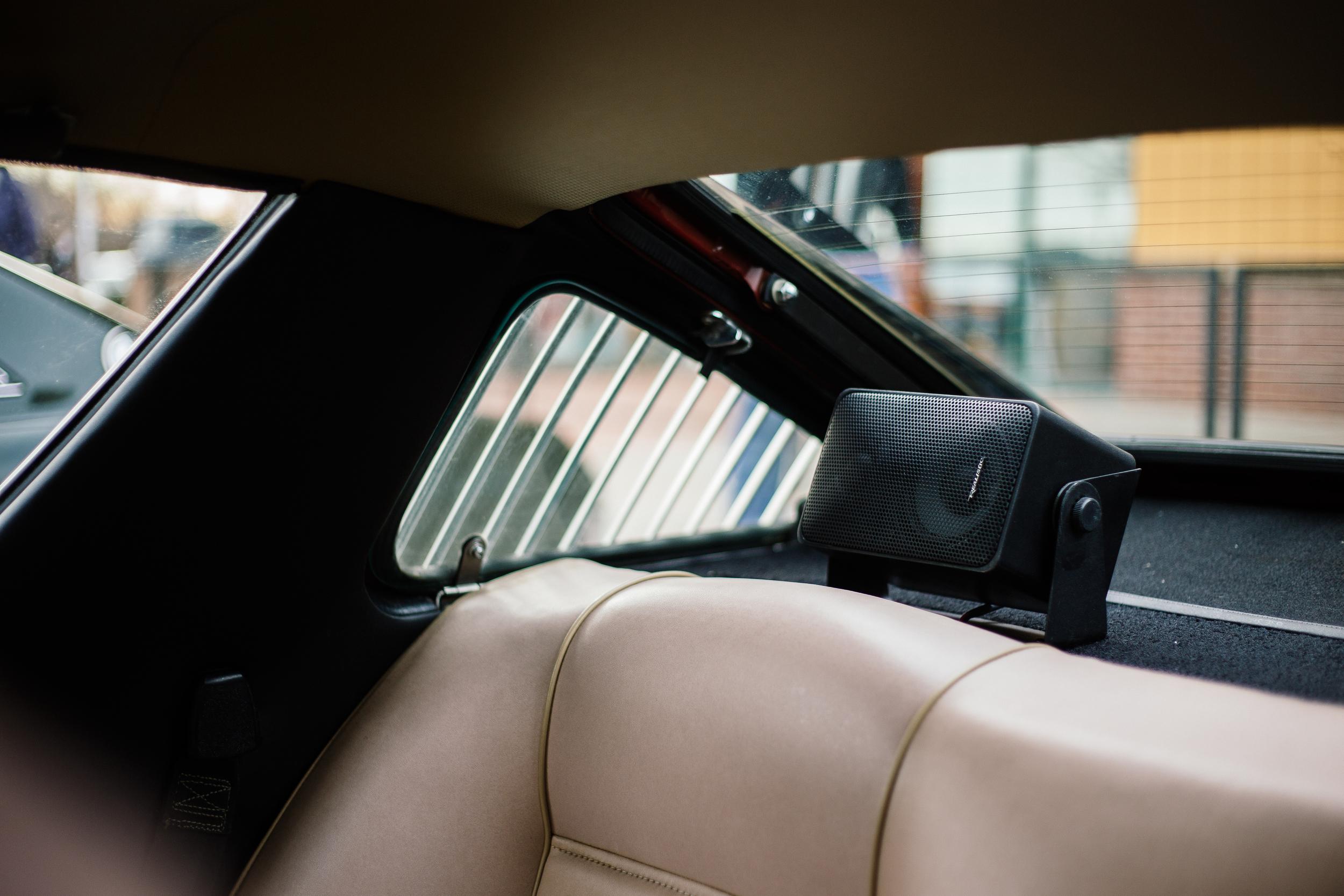 Renault 17 Speakers.jpg