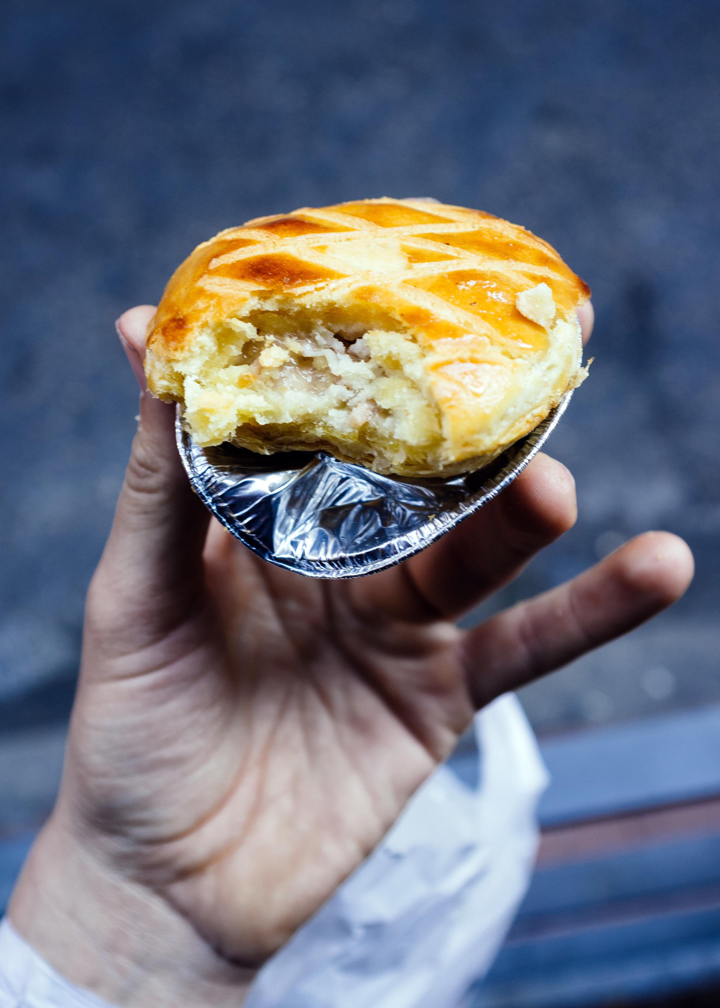 Mong Kok Pastry 1.jpg