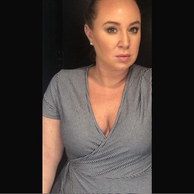 When the hotel lighting is right and you're a makeup artist, no filter needed. #mua #promua #makeup #contour #southfloridamua #miami #miaminights #signingoff