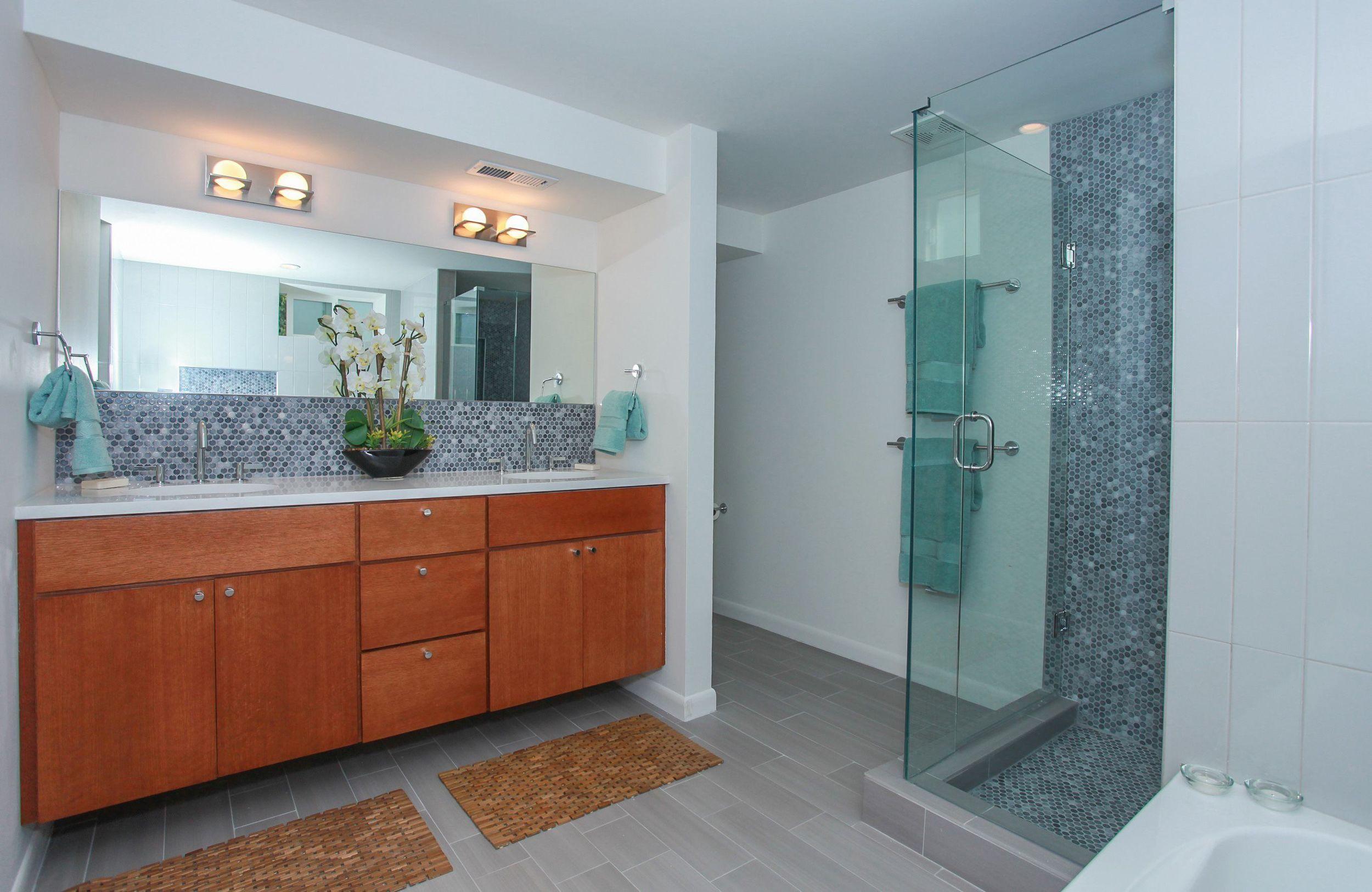 2649_yates_st_MLS1222255_HID812019_ROOMmasterbathroom2.jpg