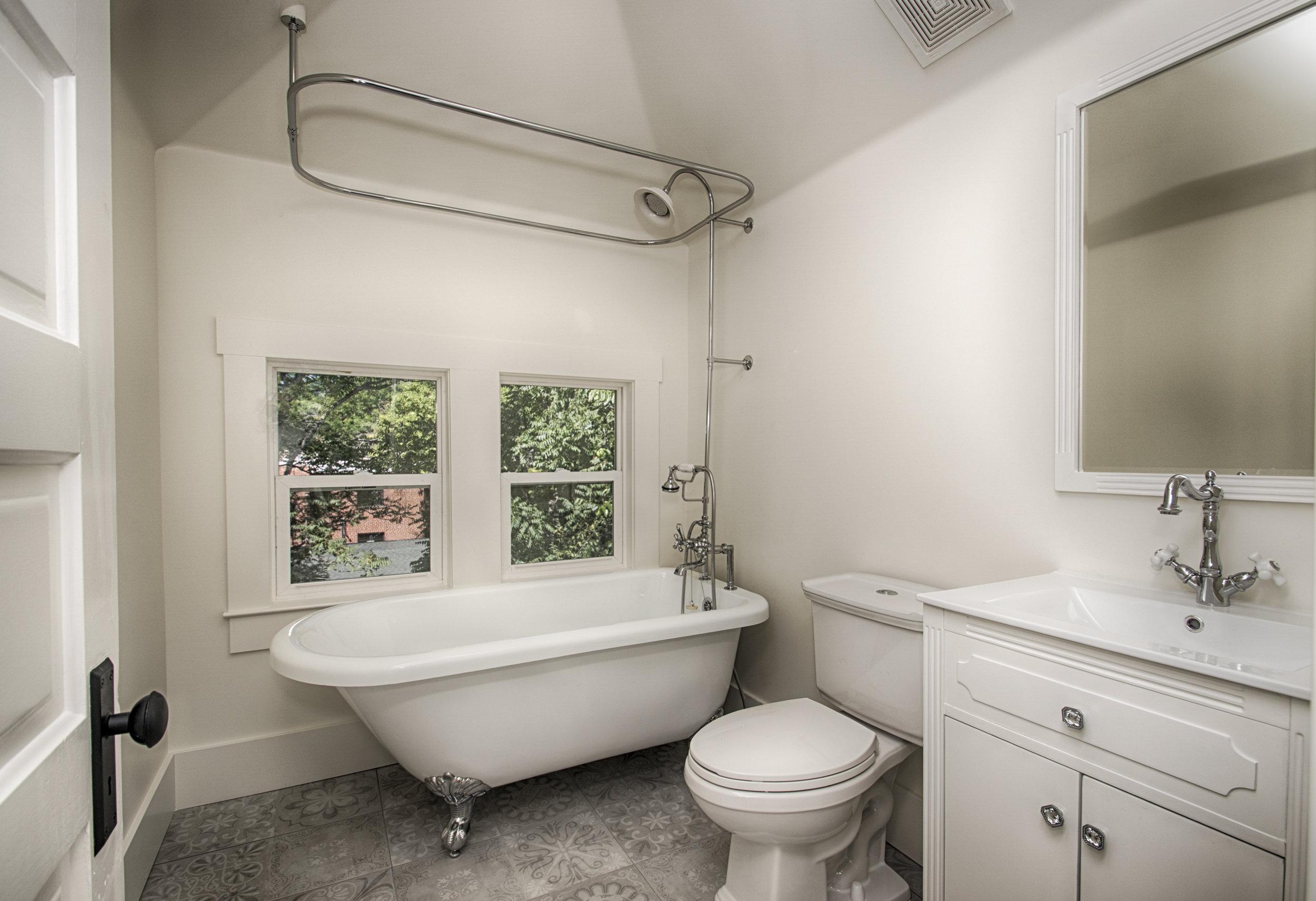 top bath.jpg