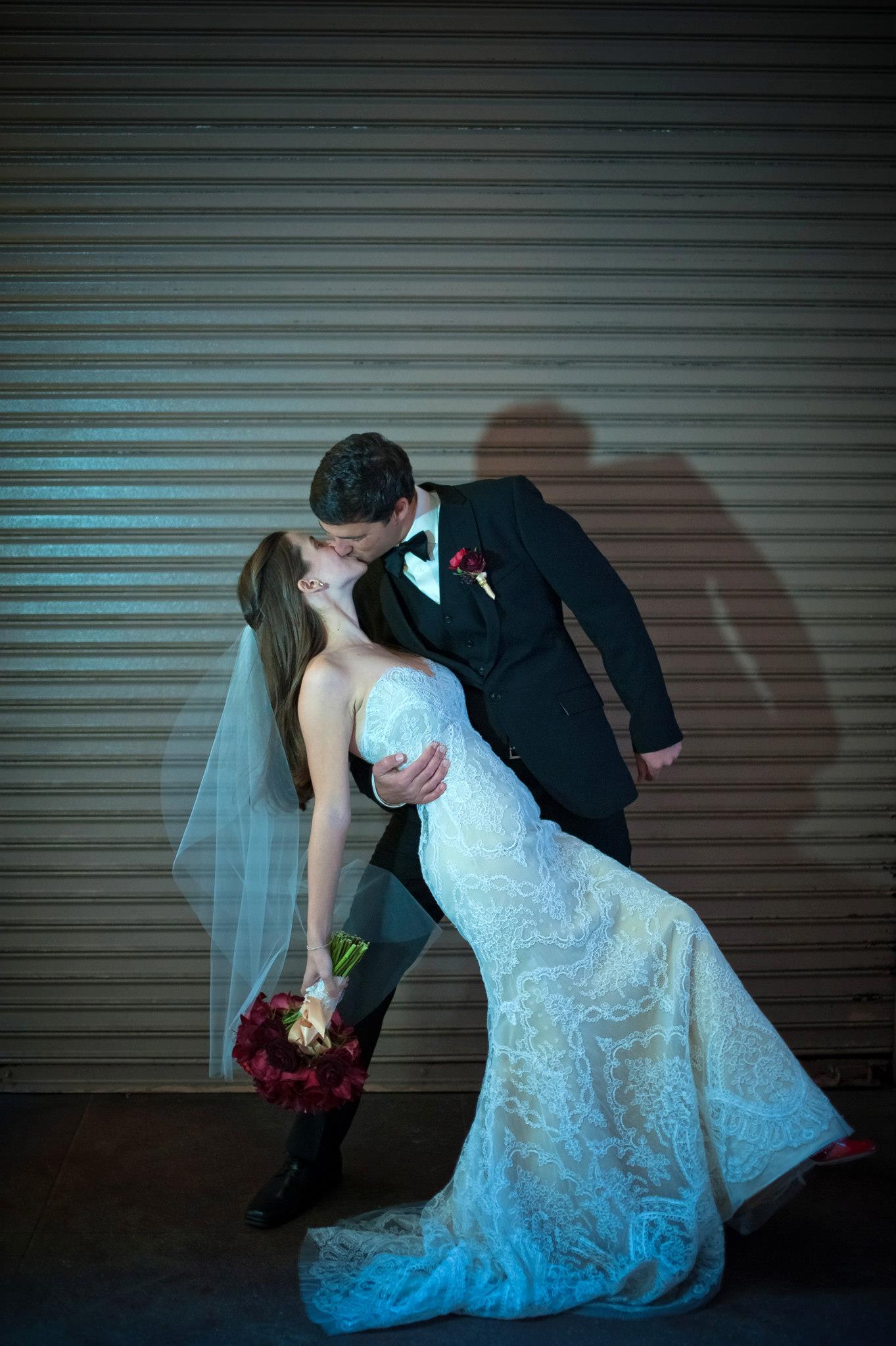 wandering_study_adventure_videographer_juan_turcios_wedding_photos_dip