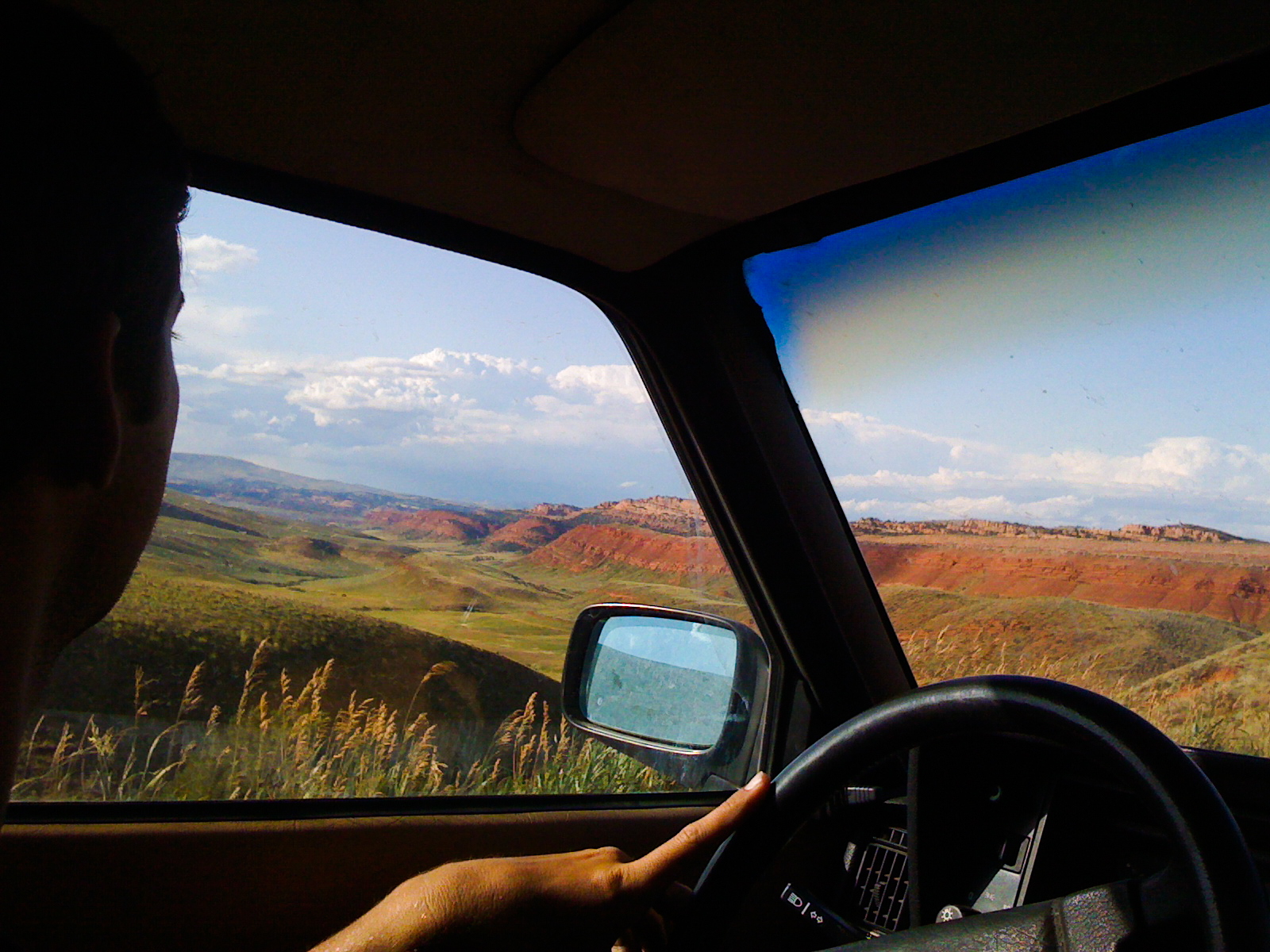 wandering_study_adventure_videographer_wyoming_red_canyon_road_trip