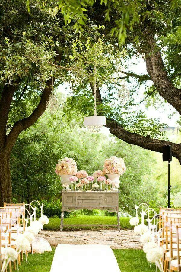 caminho flores altar 2.jpg