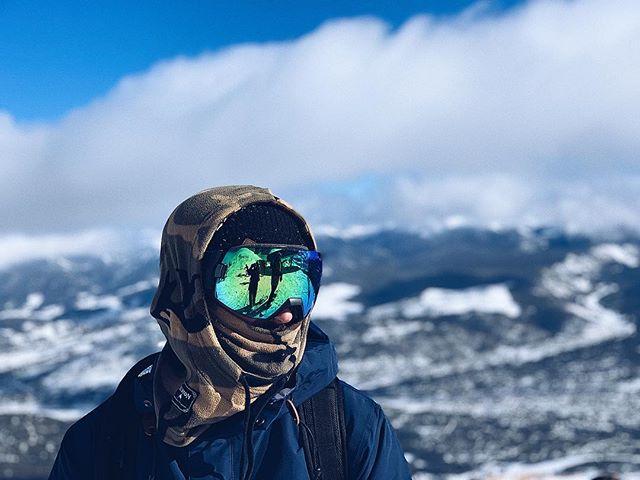 12,998' - 📸 @mitchlovin3 • • • • #snow #snowboarding #vsco #iphonex #colorado #breckenridge #puremountainfun