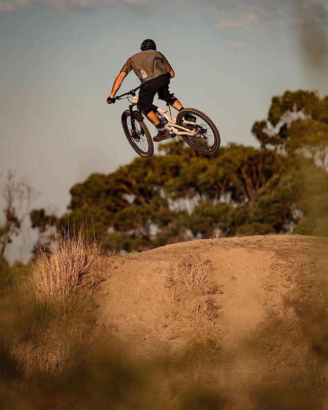 Easy Breezy • • • • #mtb #mountainbike #california #summer #goldenhour #evilbikes #vsco #gopro