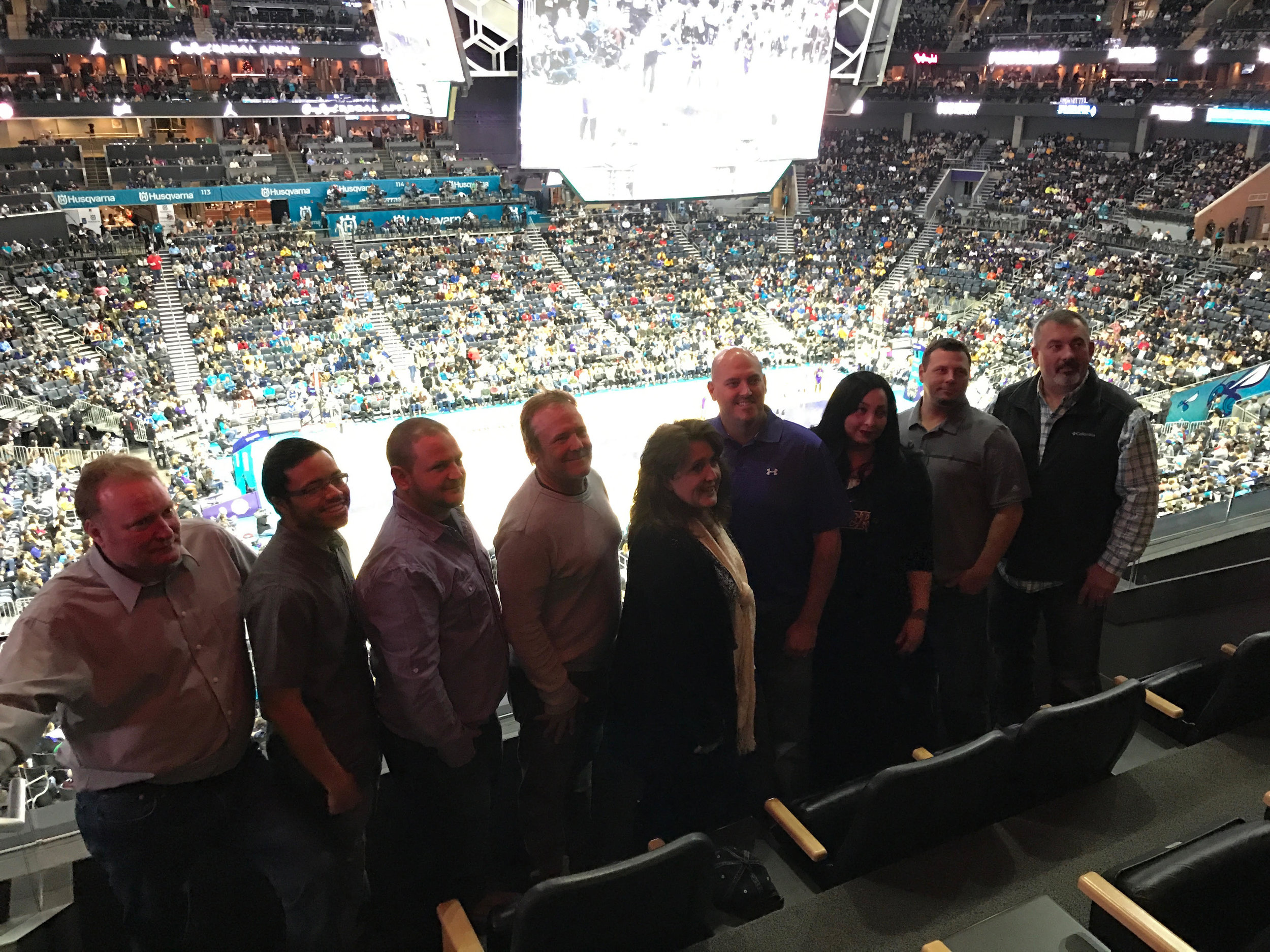 2016 IDP CHRISTMAS PARTY HORNETS VS LAKERS