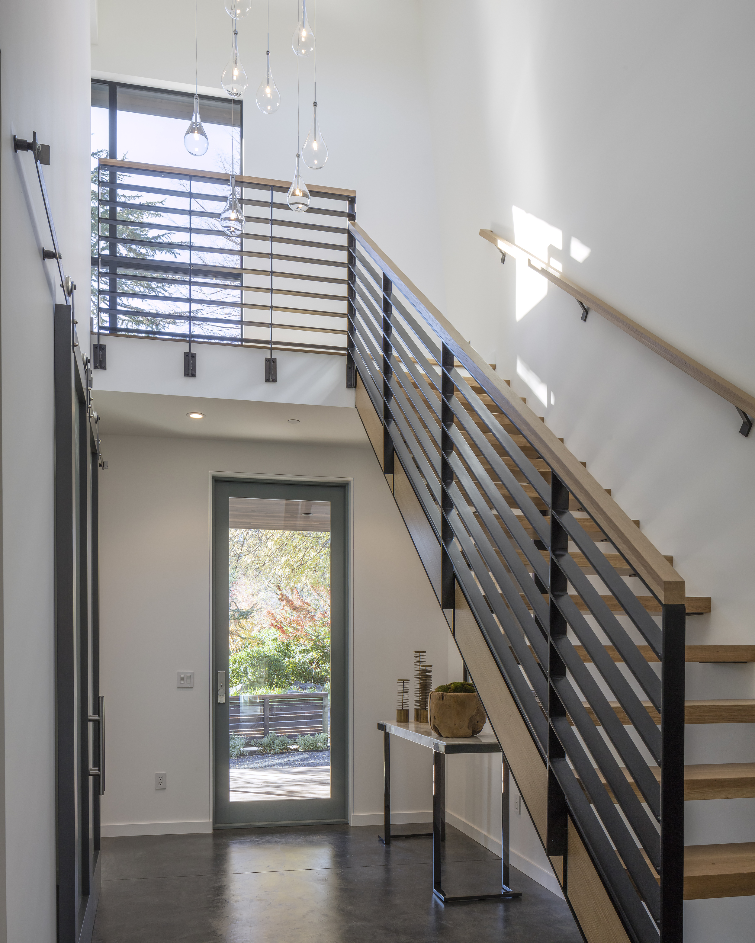 modern_home_interior_stairs_lighting_napa.jpg