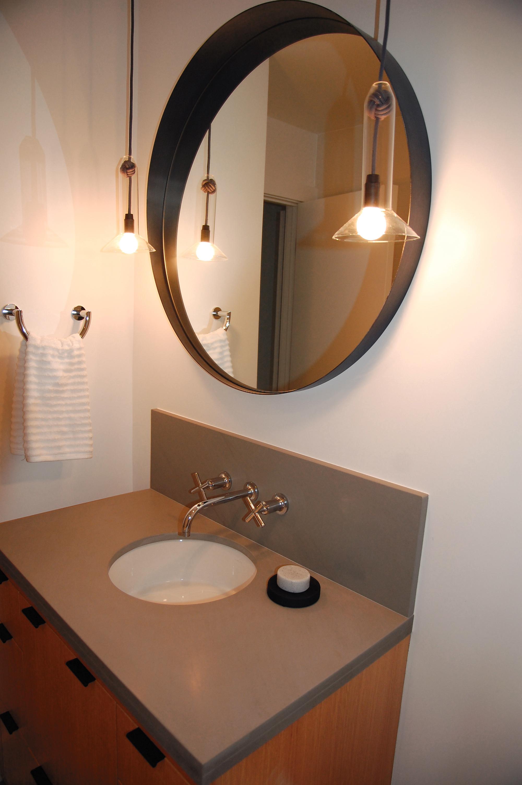 bathroom mirror lighting.jpg