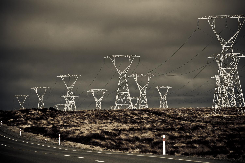 electricity-powerlines-Paul-Fisher-photo.jpg
