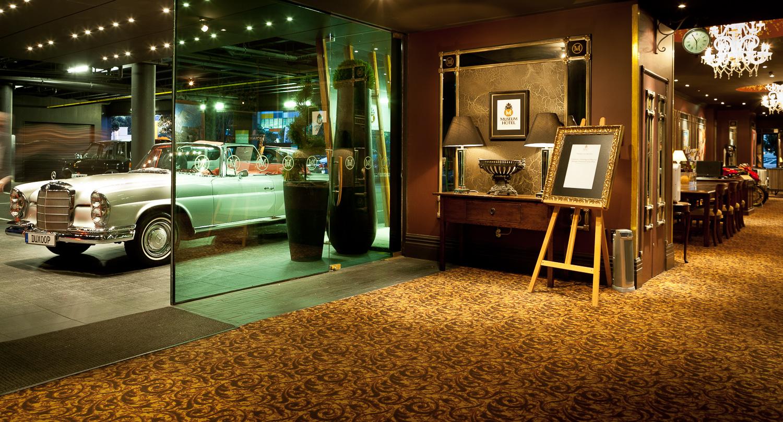 hotel-car-Wellington-photographer-Paul-Fisher.jpg