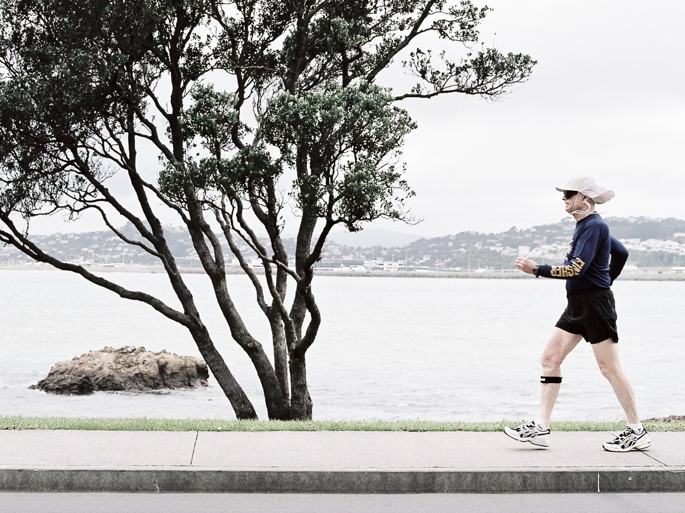 retired-man-walk-fitness-Wellington-photo.jpg