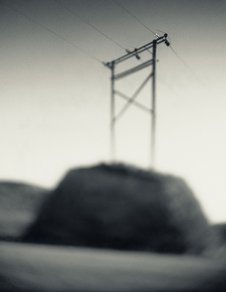 focus-electricity-line-Wellington-photographer-Paul-Fisher.jpg
