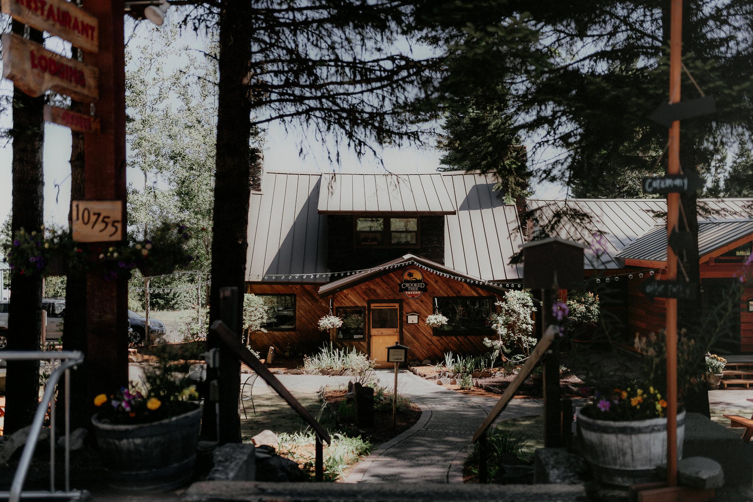 Hannah Eli Cooper Spur Mountain Resort Wedding-Prep-0004.jpg