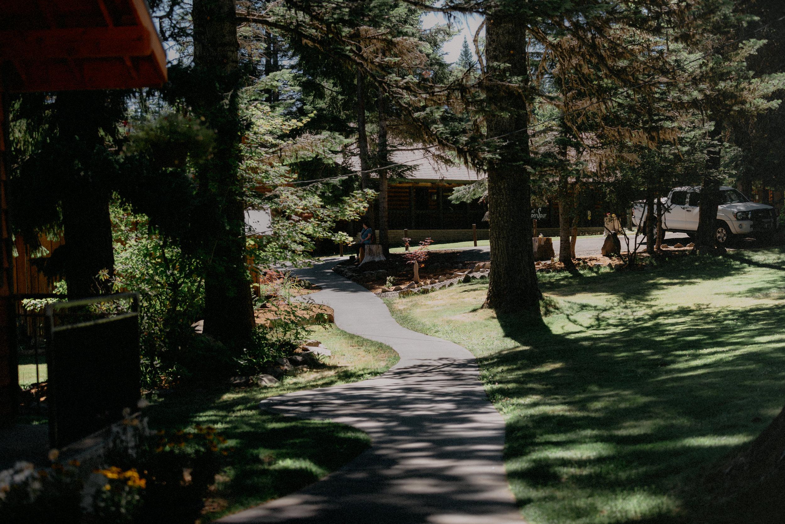Hannah Eli Cooper Spur Mountain Resort Wedding-Prep-0006.jpg