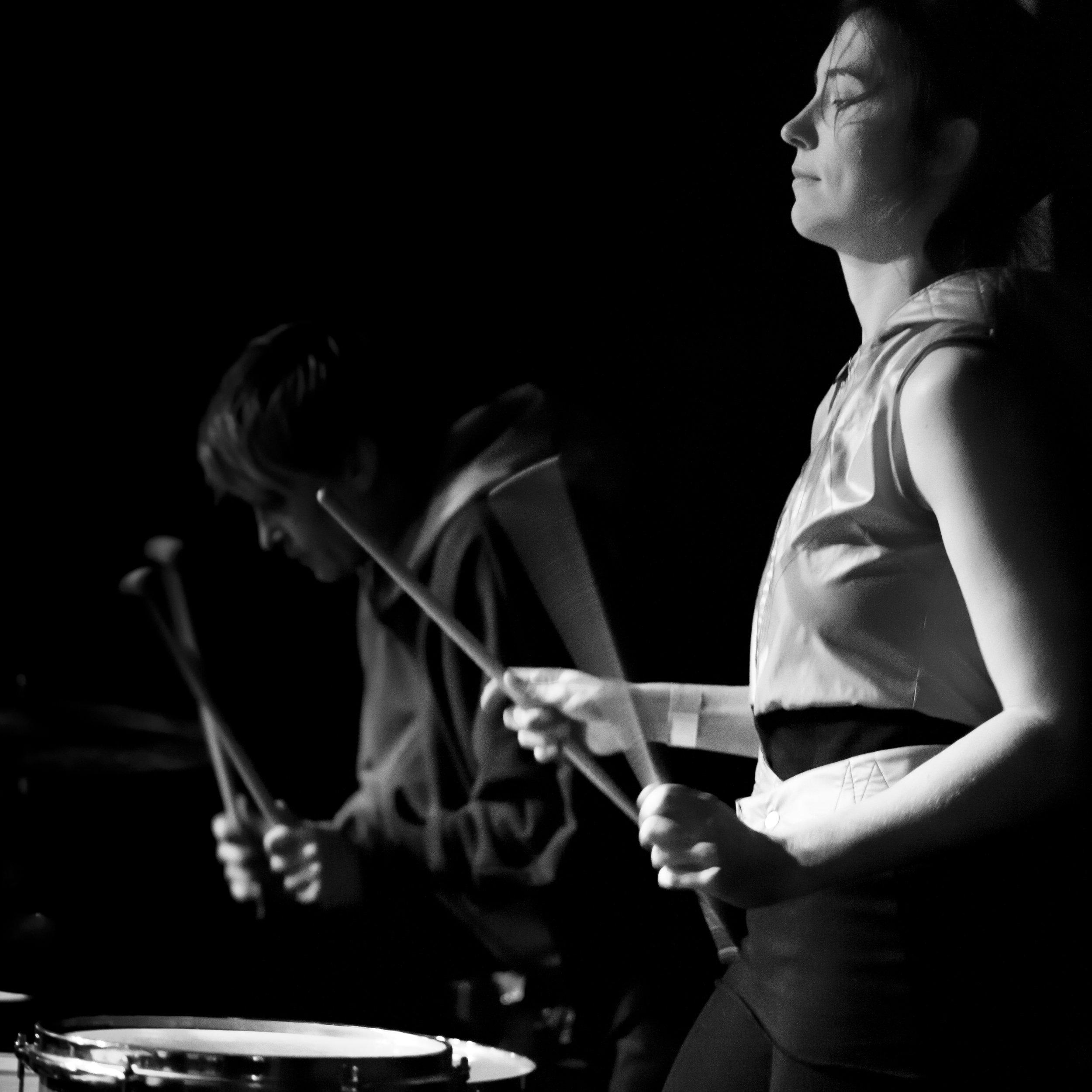 Heather Treadway, live performance. Photo: Martin Evans.
