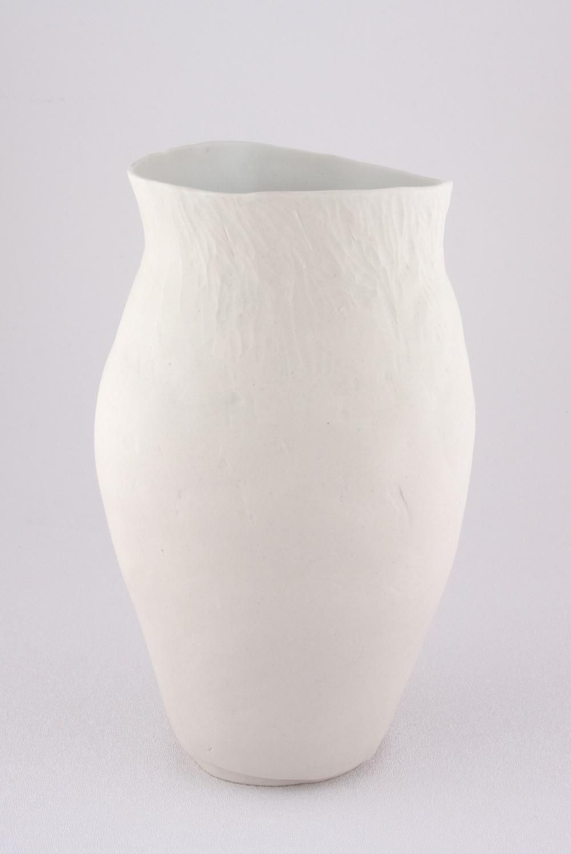 Shio Kusaka  Untitled (secretly good)  2009 Porcelain 8 ¾h x 5w x 5d in SK044