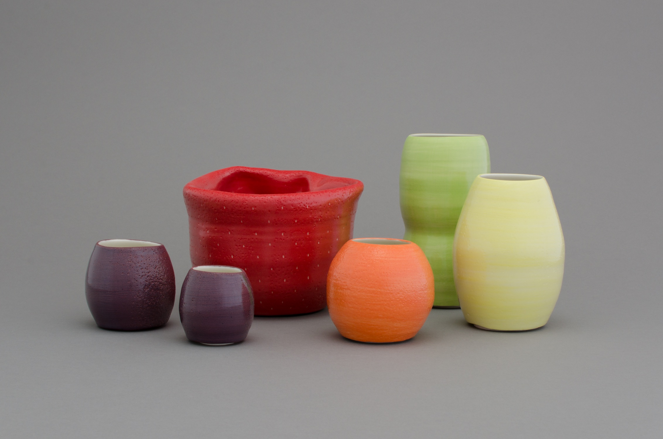 Shio Kusaka  (fruits 7)  2014 Porcelain Dimensions variable SK431
