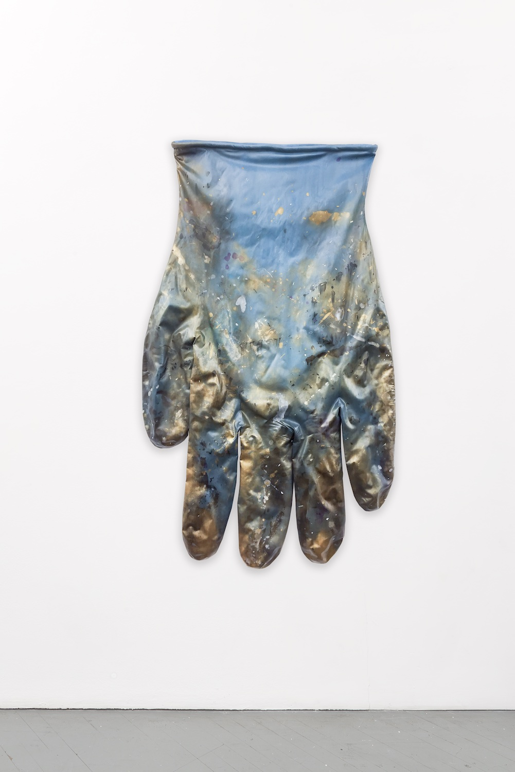 Amanda Ross-Ho  BLUE GLOVE RIGHT #3  2015 Dyed stretch cotton sateen, acrylic paint, cotton piping, armature wire 70h x 42w in ARH100