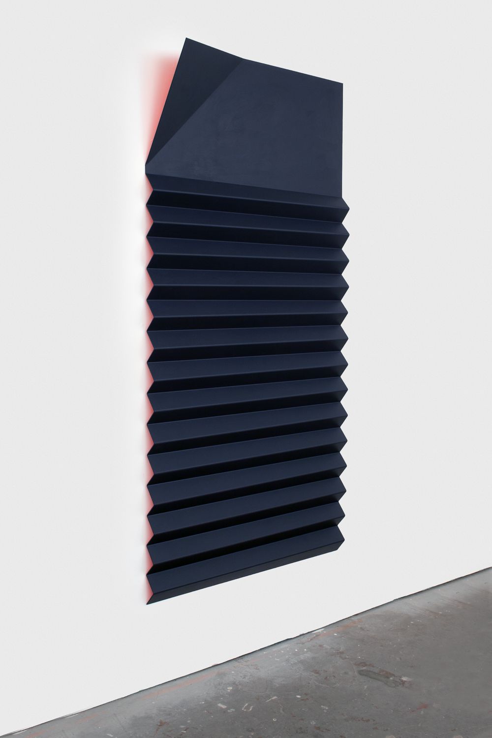Lisa Williamson  Red and Blue Bed Shade  2012 Acrylic on powder-coated aluminum 75h x 36w x 8d in LW104